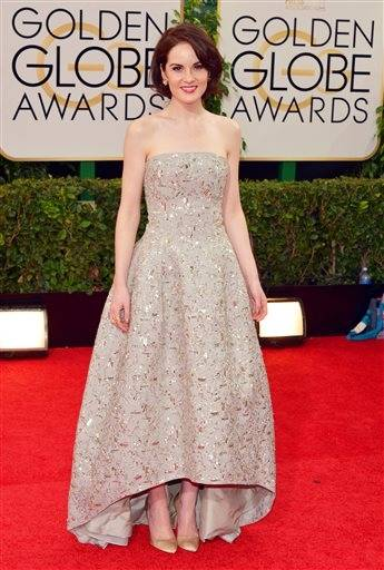 """Downton Abbey"" star Michelle Dockery keeps it simple and gorgeous on Globes night."