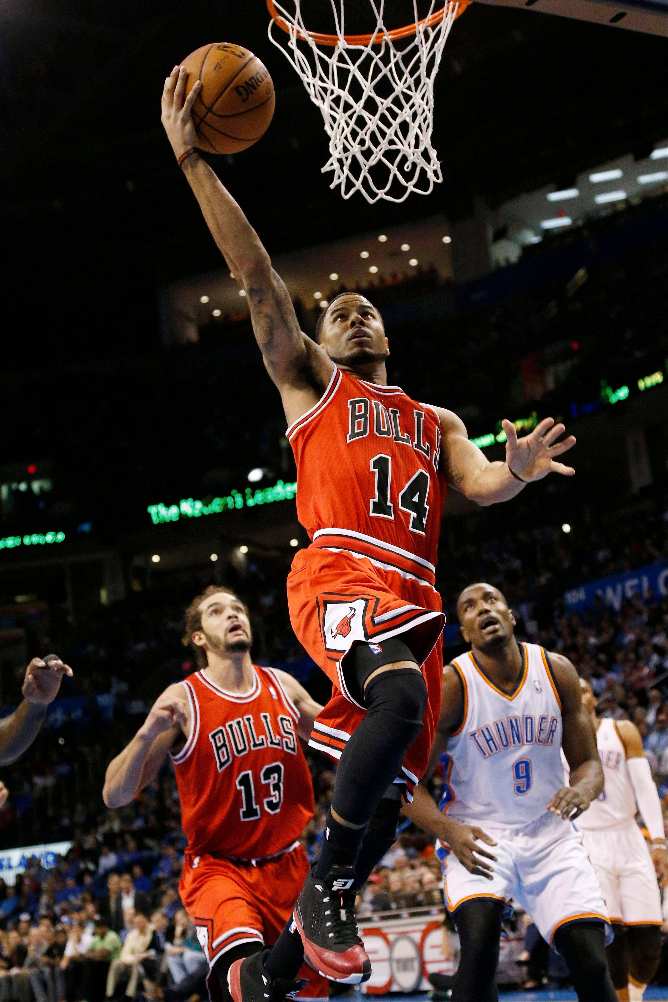 "Bulls guard D.J. Augustin has ""just been huge"" for the team, according to Kirk Hinrich."