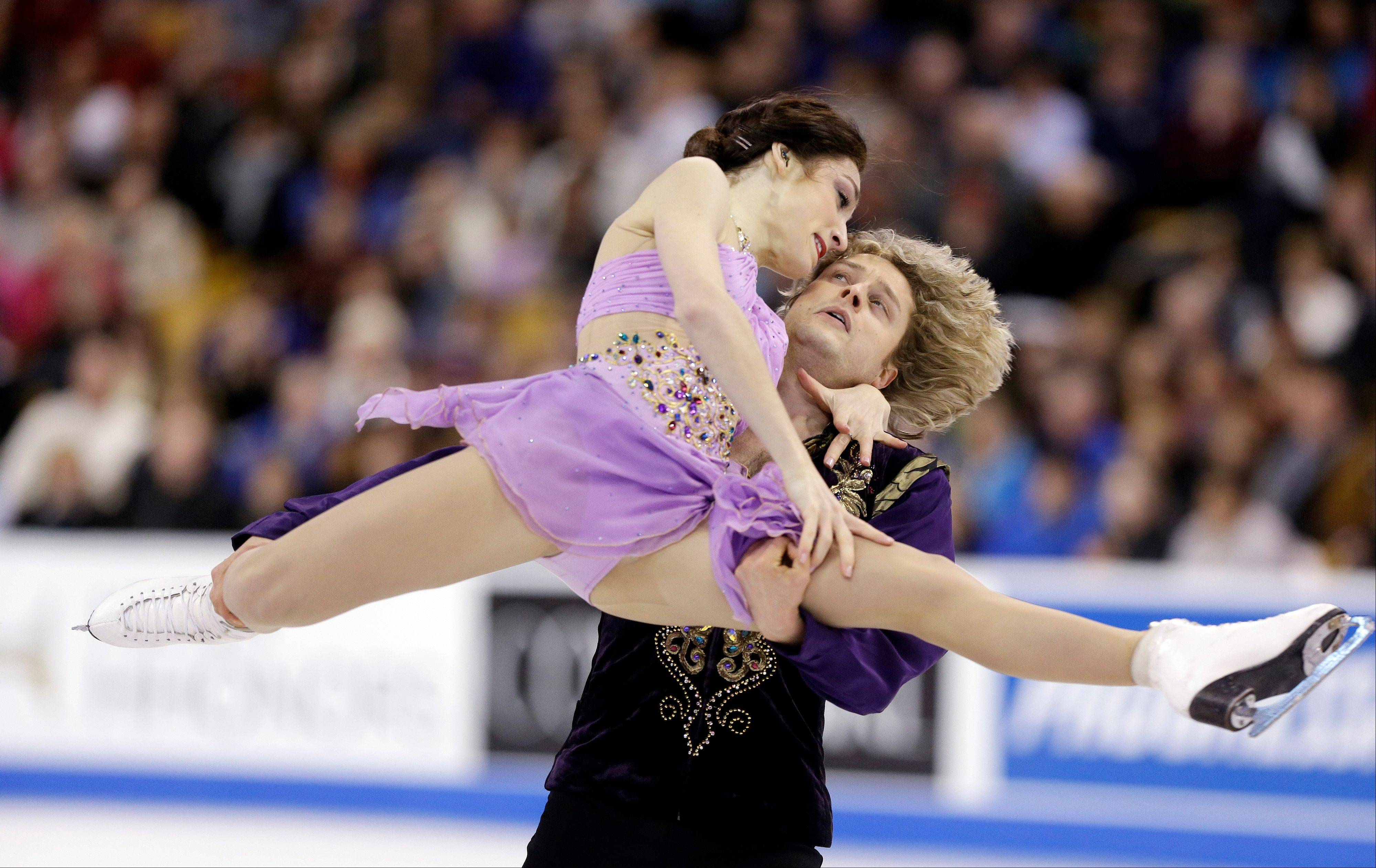 Meryl Davis and Charlie White display their winning form during the ice dance free skate at the U.S. Figure Skating Championships Saturday in Boston.