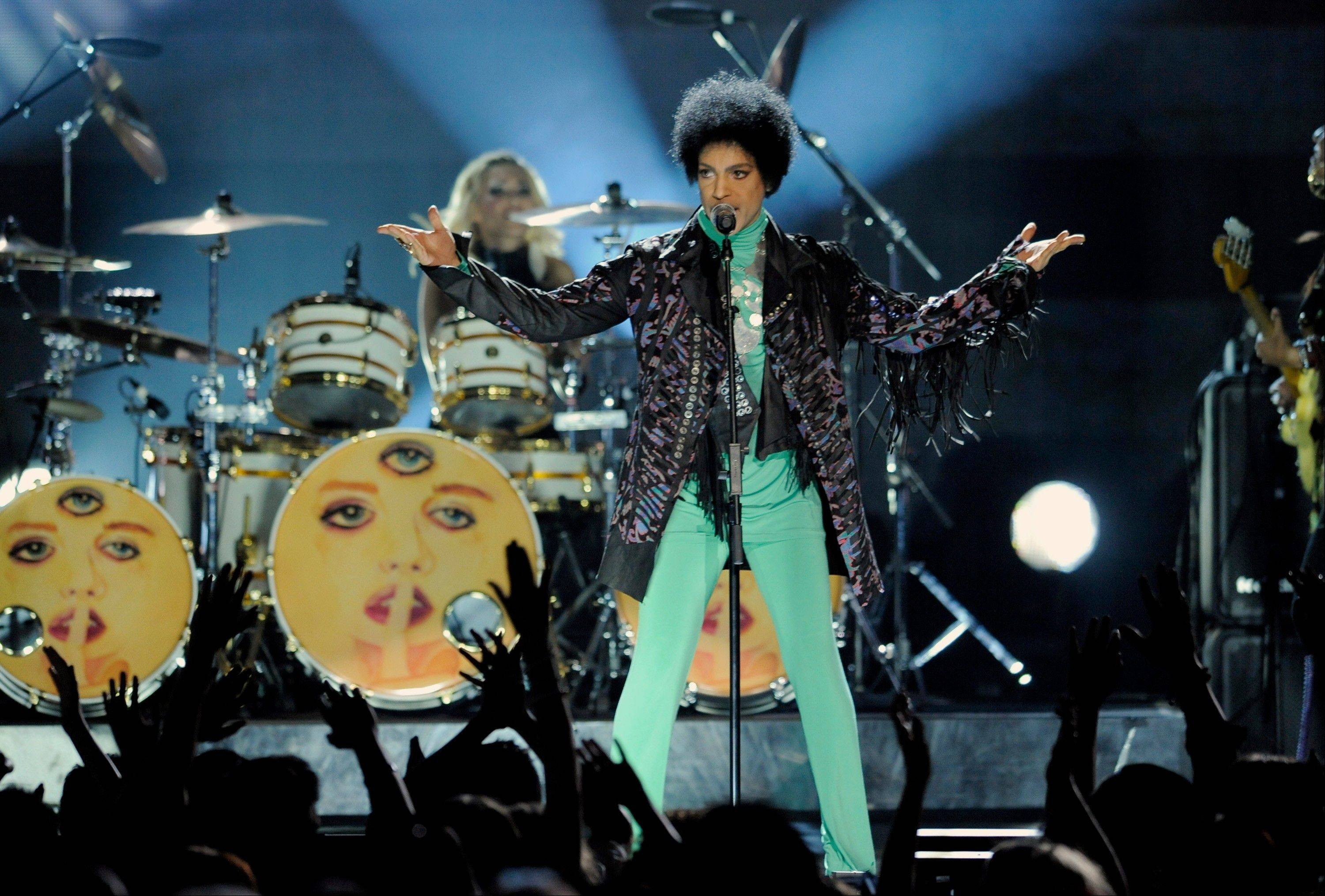 "Fox's post-Super Bowl party will include Prince making a guest appearance on the comedy ""New Girl."""