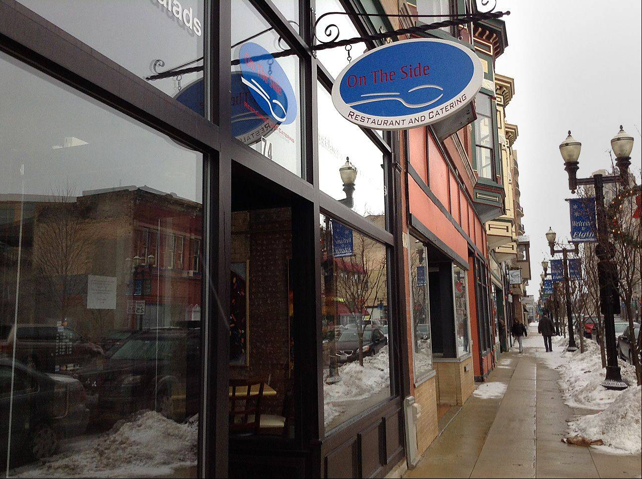 On the Side Restaurant and Catering in downtown Elgin closed Tuesday after being in business for about a year. It was owned by Tom Creighton of East Dundee.