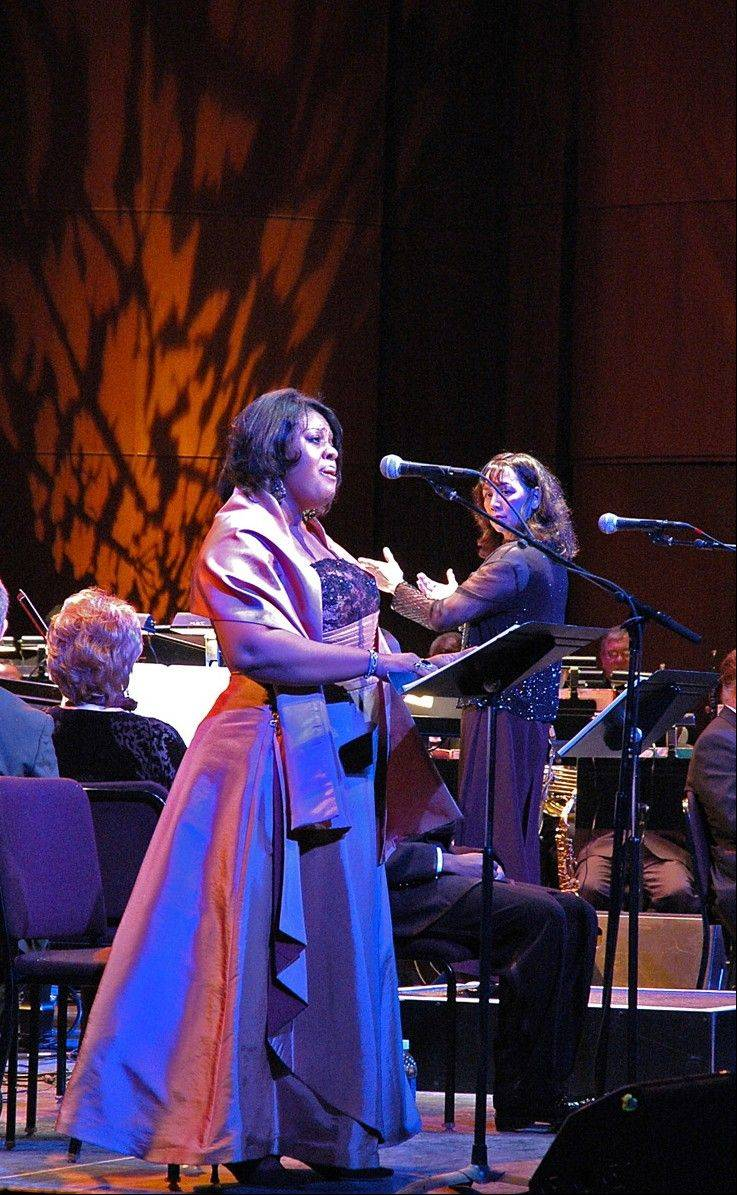 "Soprano Alfreda Burke is a soloist in ""Too Hot to Handel: The Jazz-Gospel Messiah"" returning to Chicago's Auditorium Theatre of Roosevelt University."