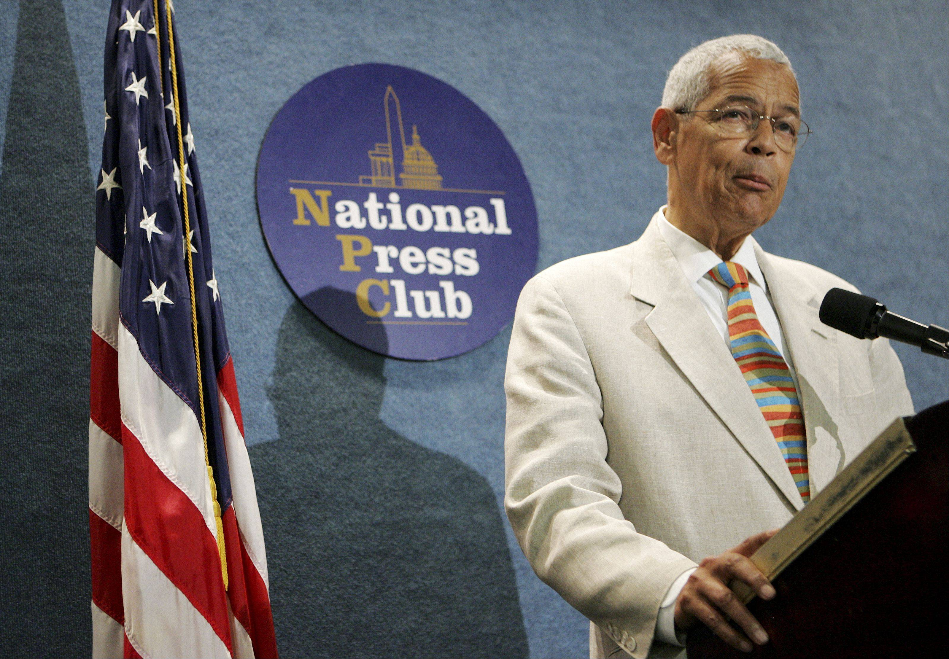 Civil Rights icon Julian Bond will be the special guest speaker at Aurora's annual tribute to Dr. Martin Luther King Jr. at 6:30 p.m. Monday, Jan. 20, in the West Aurora High School auditorium.