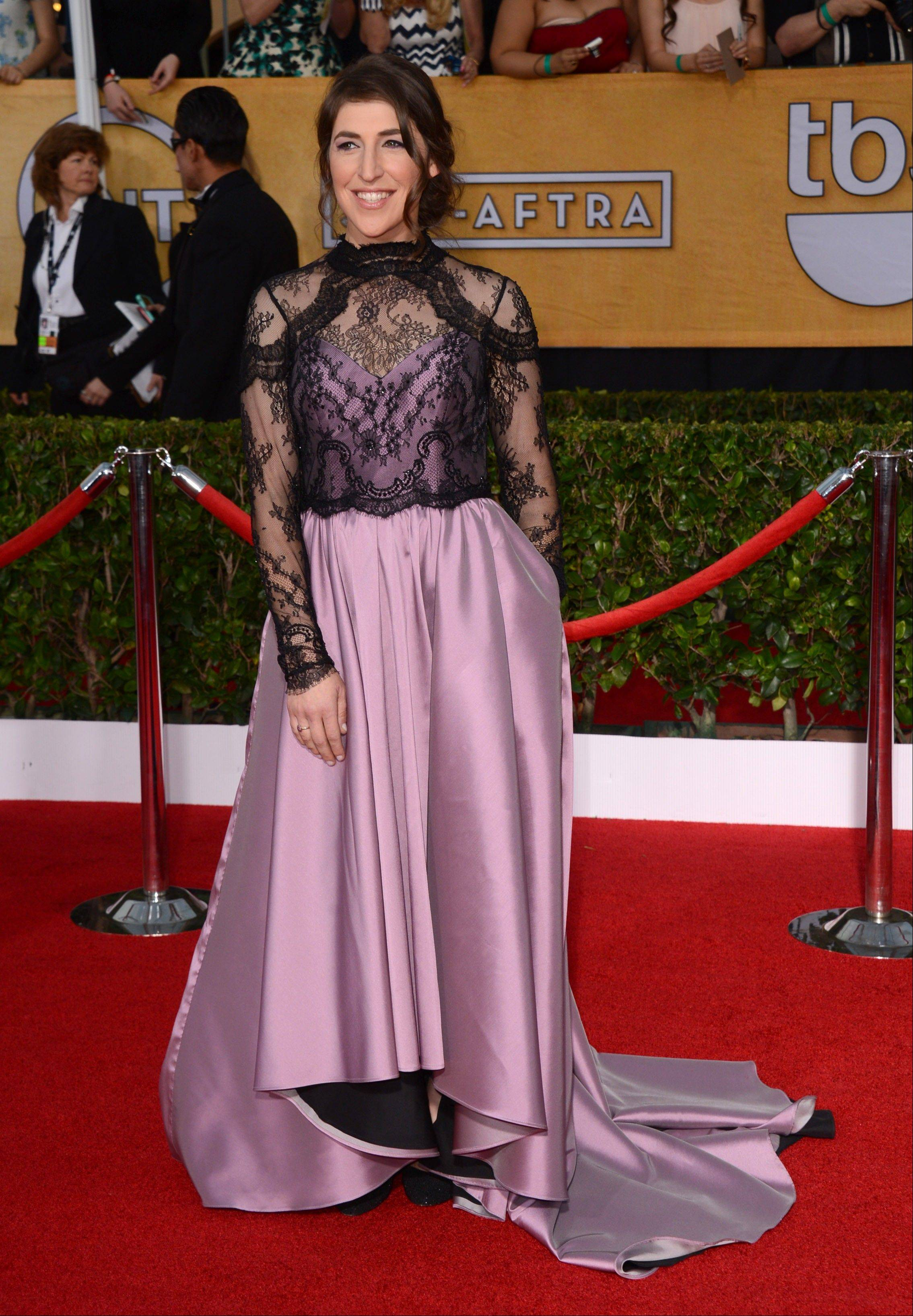 """The Big Bang Theory"" star Mayim Bialik arrives at the 20th annual Screen Actors Guild Awards."