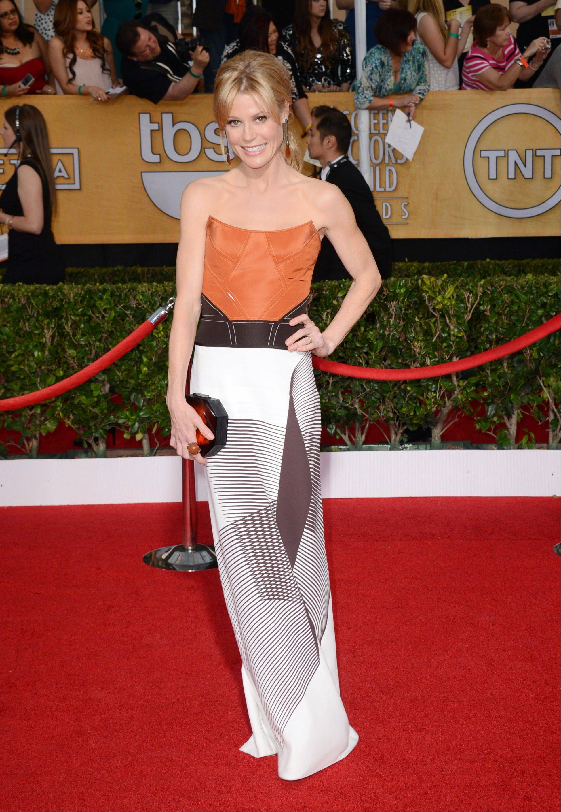 Julie Bowen arrives at the 20th annual Screen Actors Guild Awards.