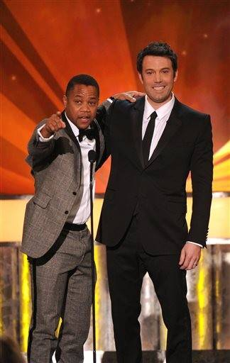 Cuba Gooding Jr. and Ben Affleck present during the SAG Awards.