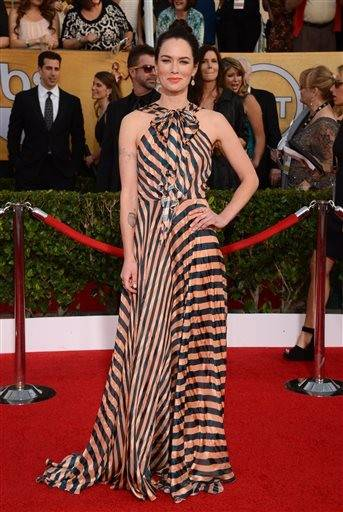 Lena Hadley dares to wear stripes at the SAG Awards.