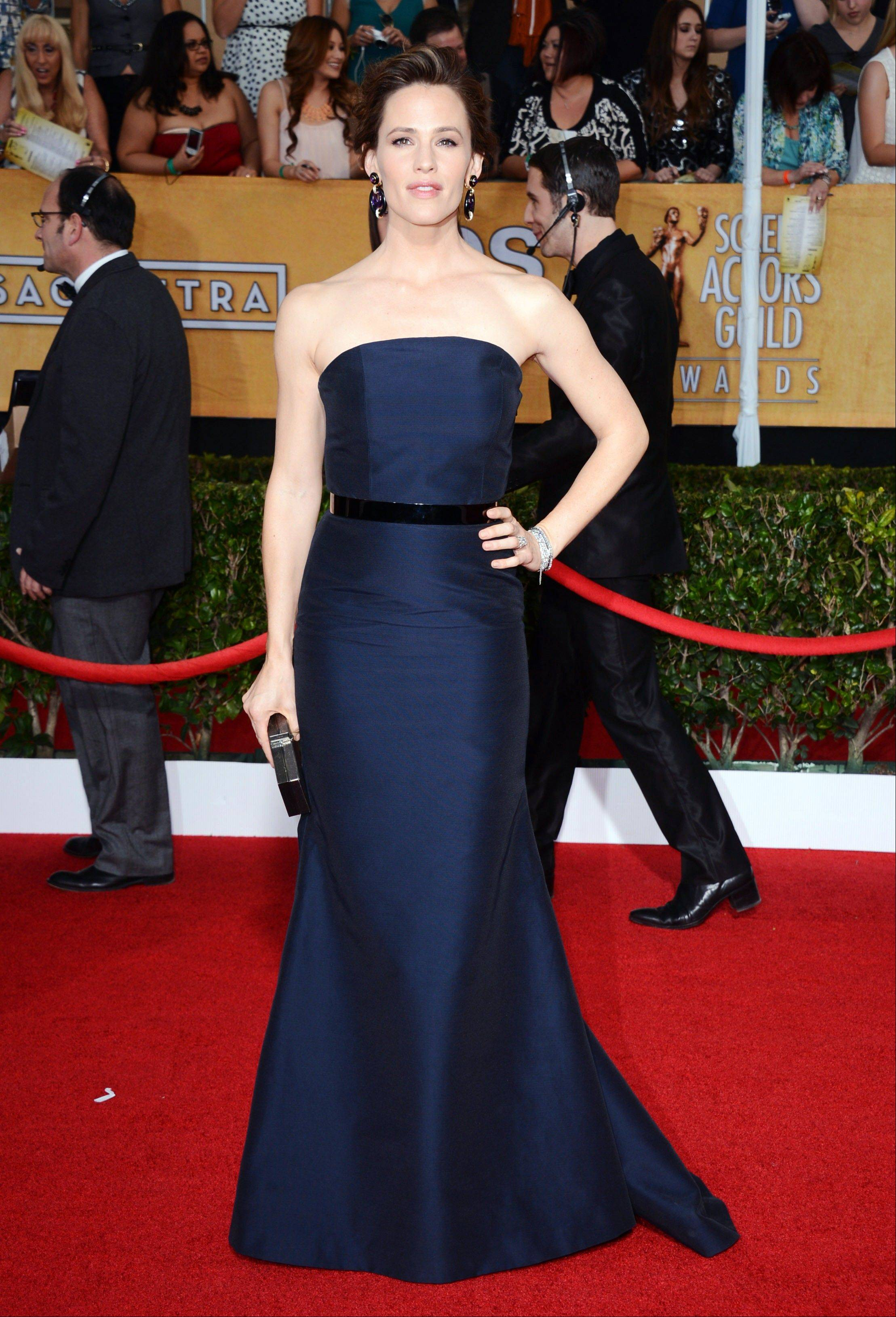 Jennifer Garner arrives at the 20th annual Screen Actors Guild Awards.