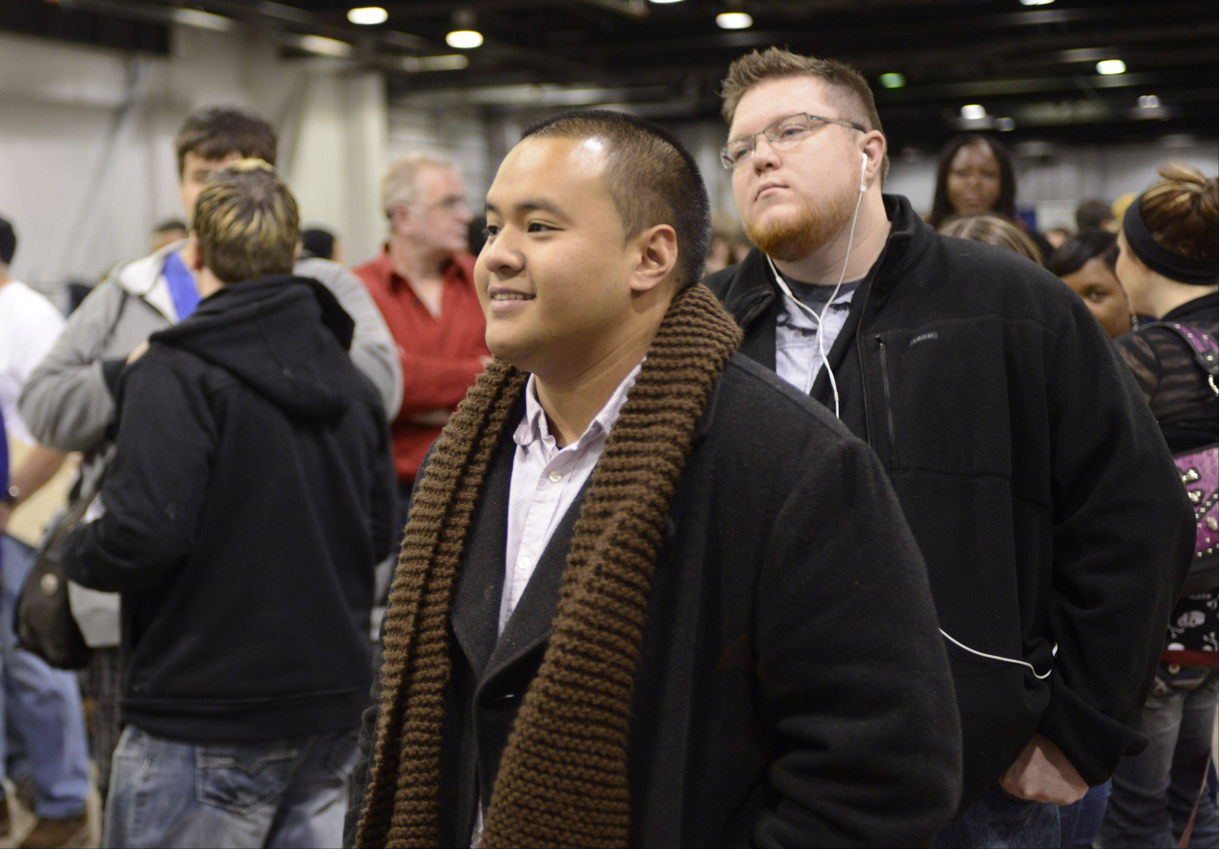 "JOE LEWNARD/jlewnard@dailyherald.comRaul Polidario of Mundelein waits to audition Sunday for the TV show ""The Voice"" at the Stephens Convention Center in Rosemont. Hundreds of aspiring singers from across the suburbs traveled to Rosemont over the weekend to try out for the show."