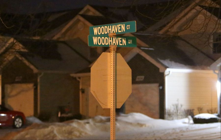 Autopsy planned for girl found dead in Mundelein home