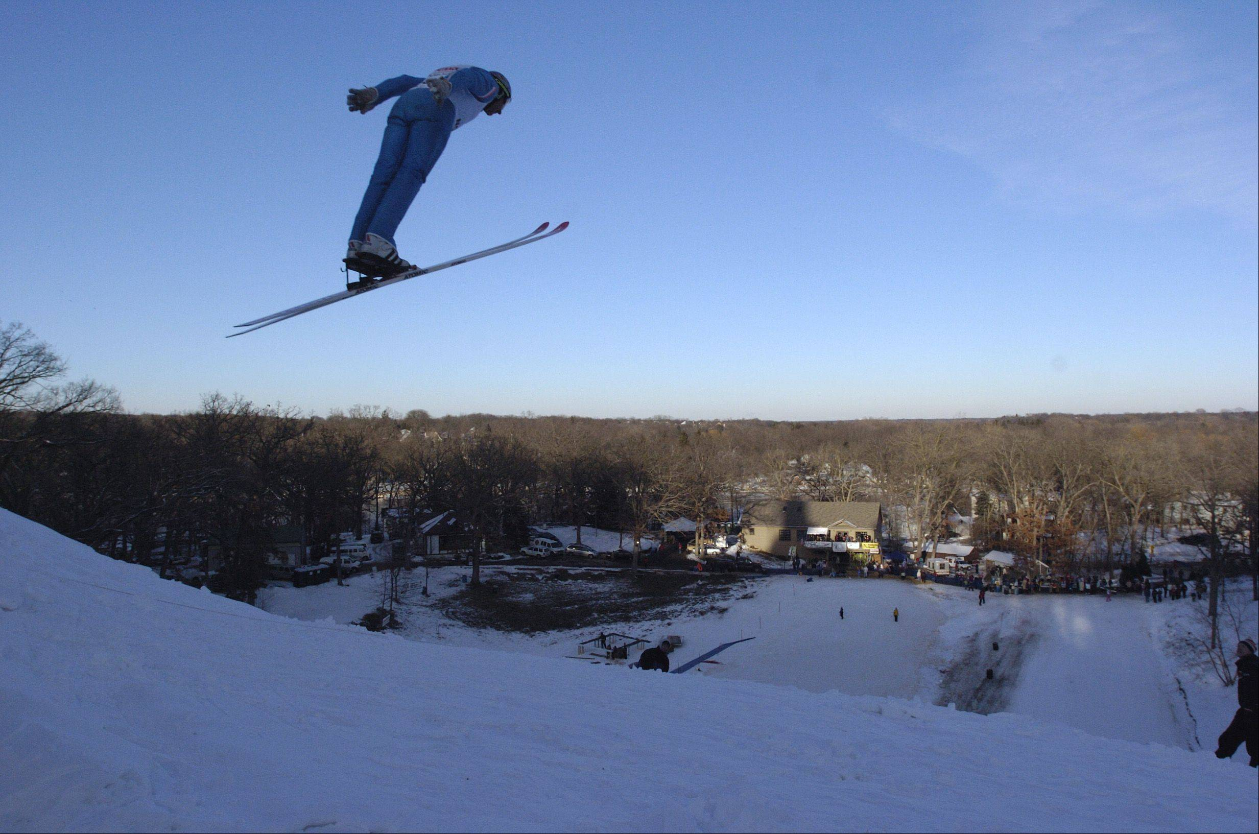 Norge Ski Club's tournament weekend is filled with competitions, including the 40-meter jump.