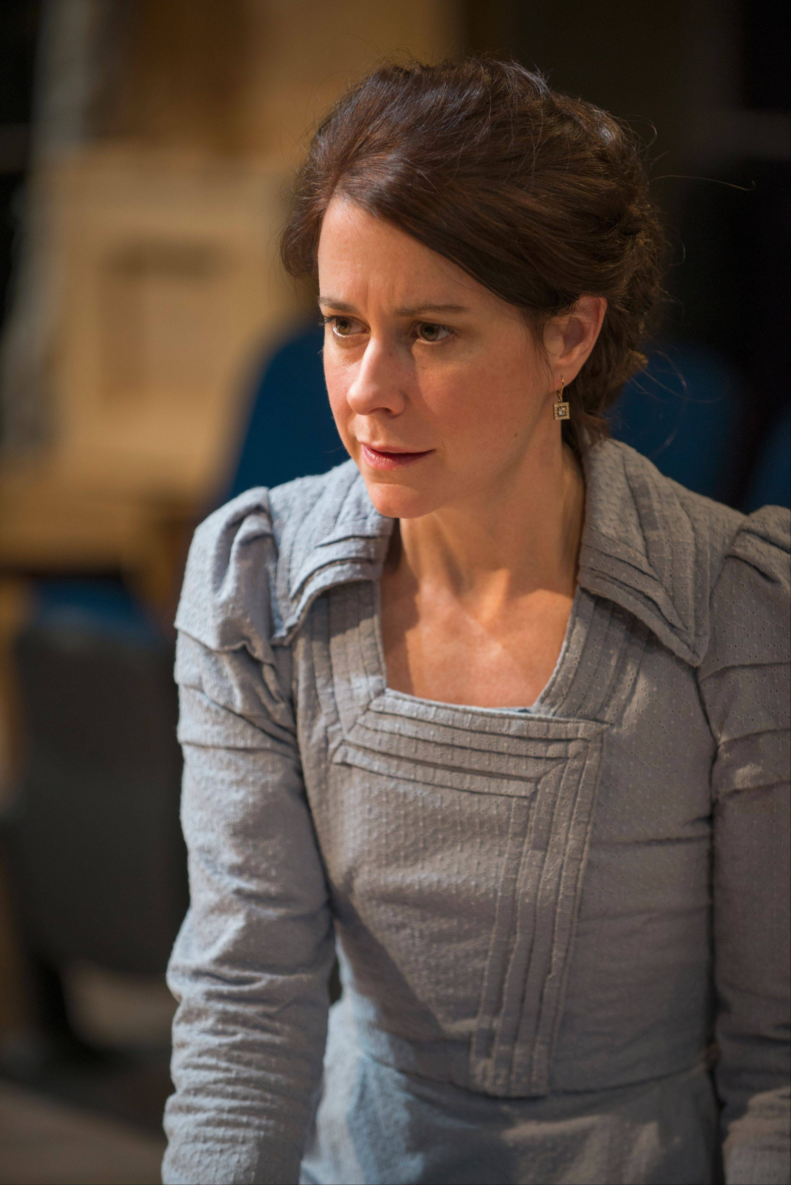 "Kate Fry's tour-de-force performance in the titular role is one of many reasons to see director Kimberly Senior's revival of ""Hedda Gabler"" at Writers Theatre in Glencoe."