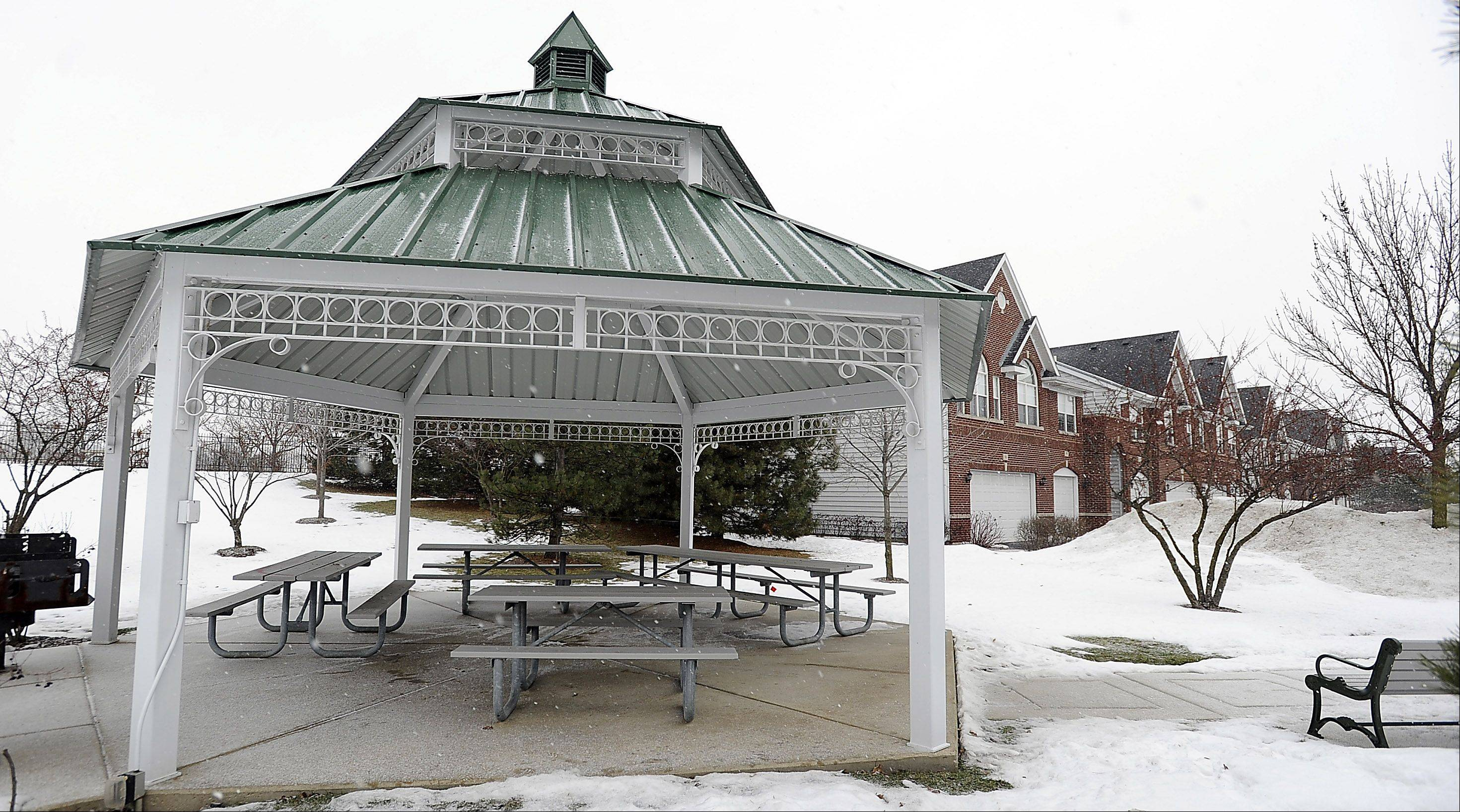 Olde Schaumburg neighbors enjoy their own private gazebo and walking trail.