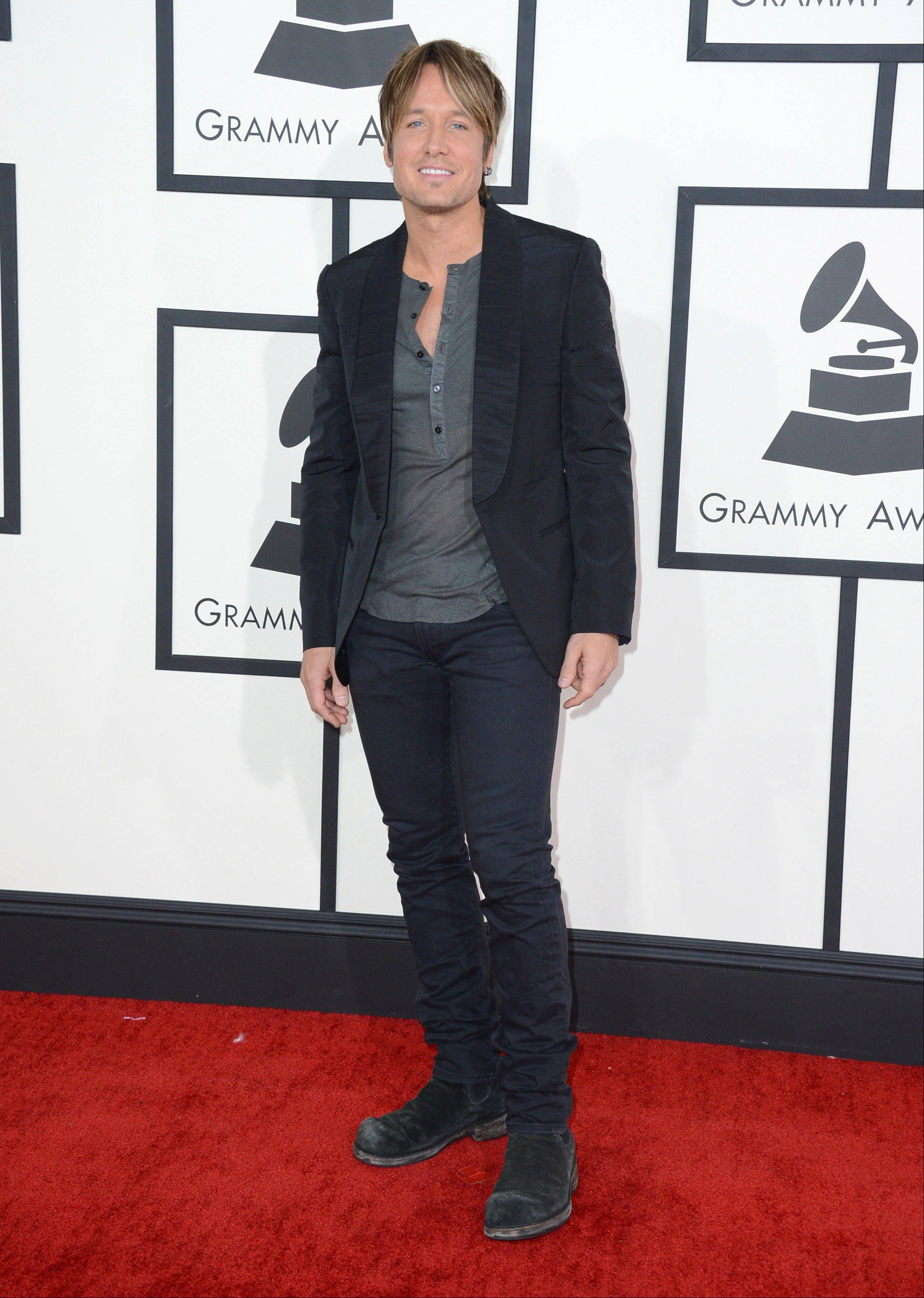 Keith Urban arrives at the 56th annual Grammy Awards at Staples Center on Sunday.