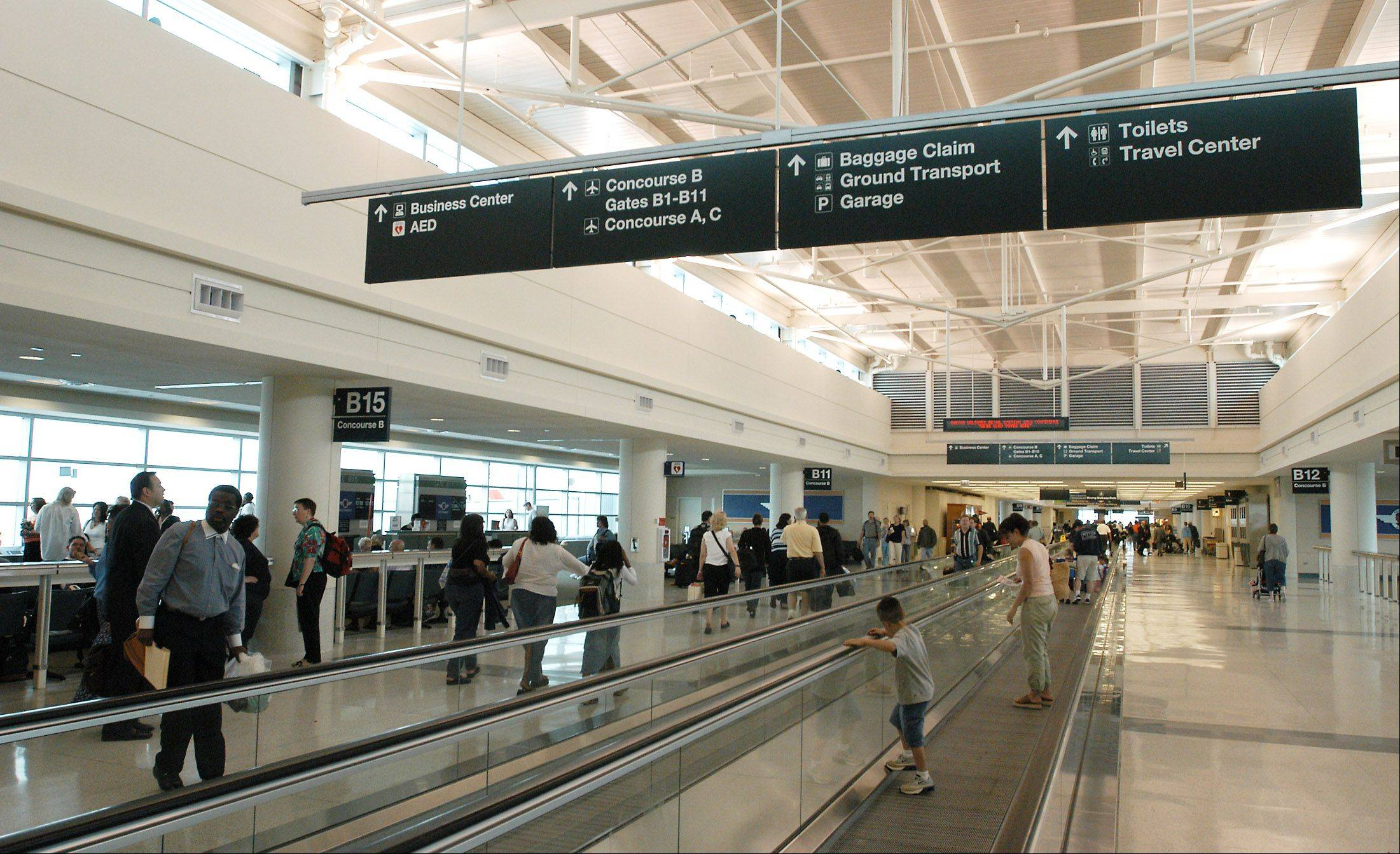 Chicago�s Midway International Airport has set a record for the number of passengers traveling through the facility.