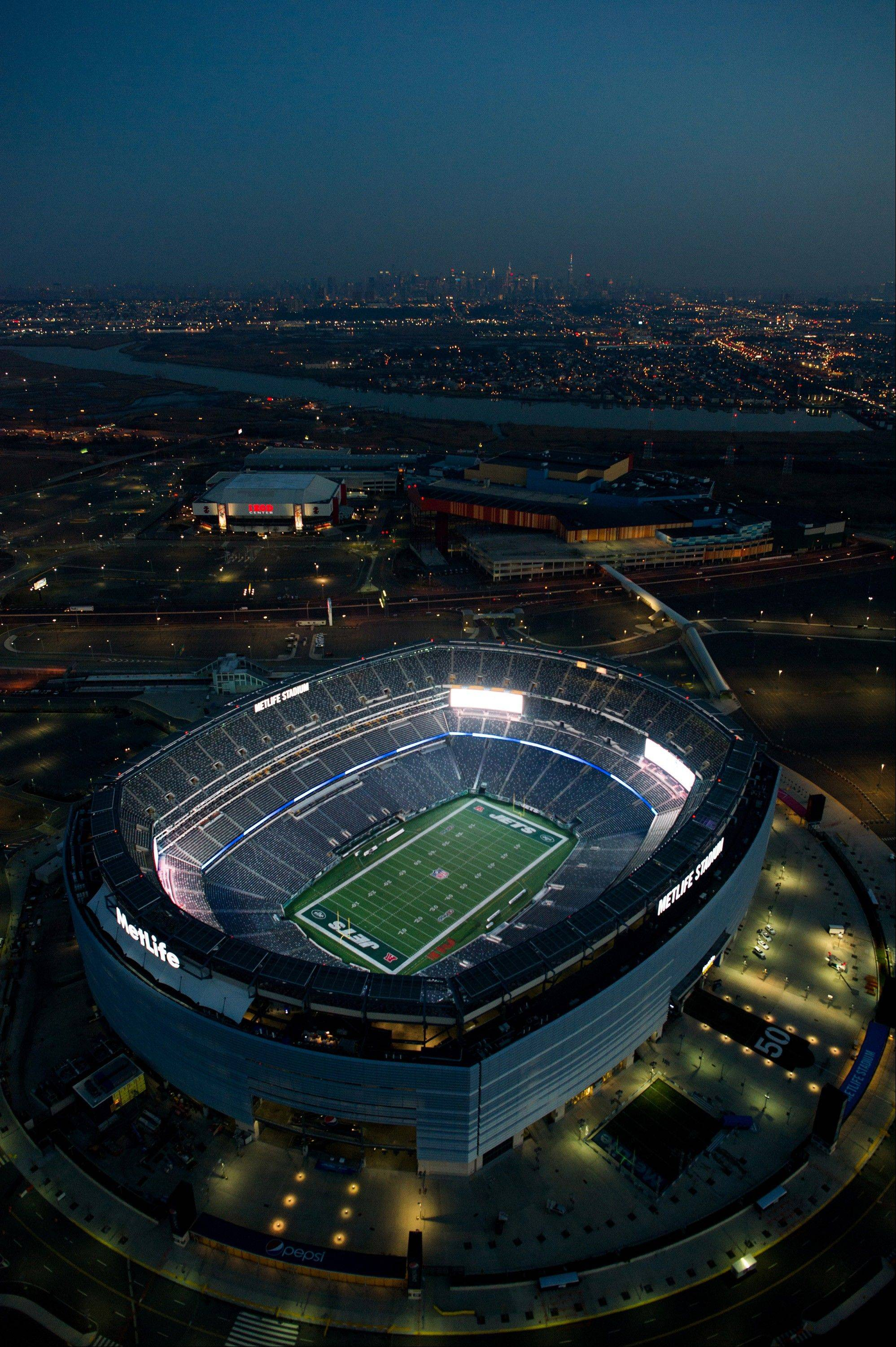 MetLife Stadium stands in this aerial photograph taken in East Rutherford, New Jersey, U.S., on Tuesday, Dec. 3, 2013. U.S. stocks declined a fifth day, sending the Standard & Poor���s 500 Index to a two-week low, after improving economic data boosted bets the Federal Reserve will curb its monthly bond purchases sooner than estimated.