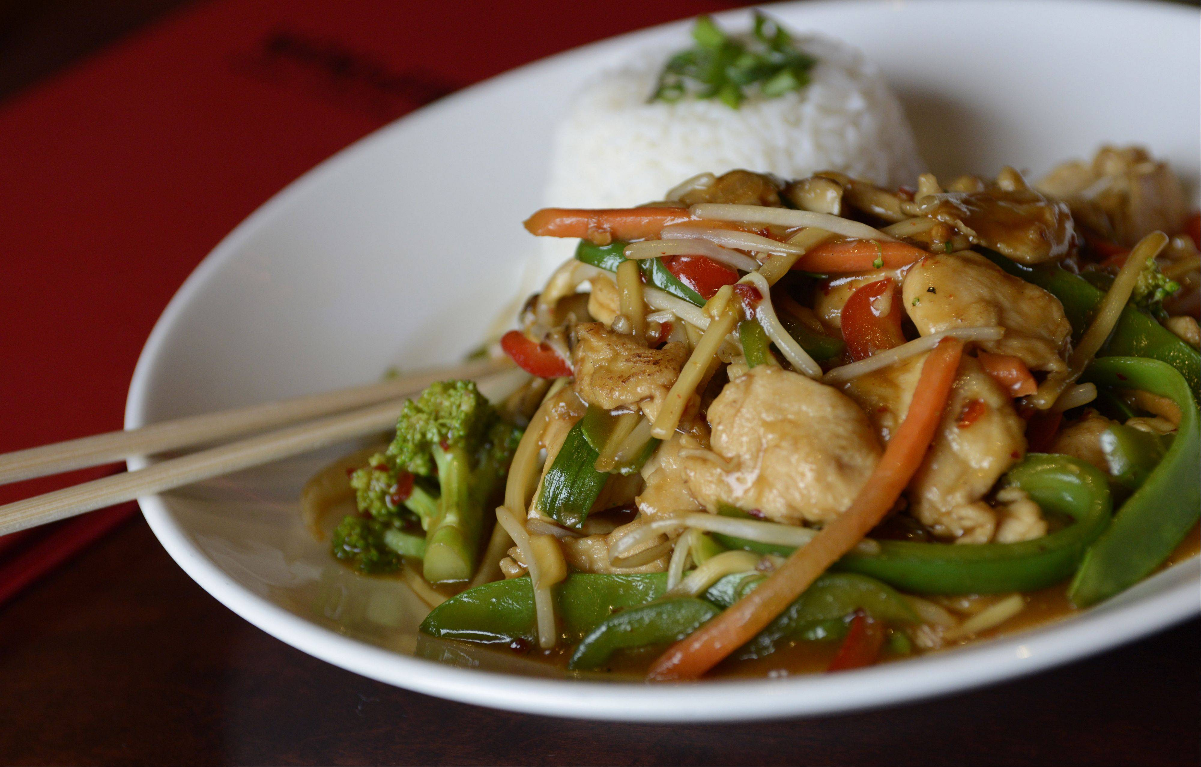 Chicken can be swapped out for other proteins in Wok'n Fire's Szechwan plate.