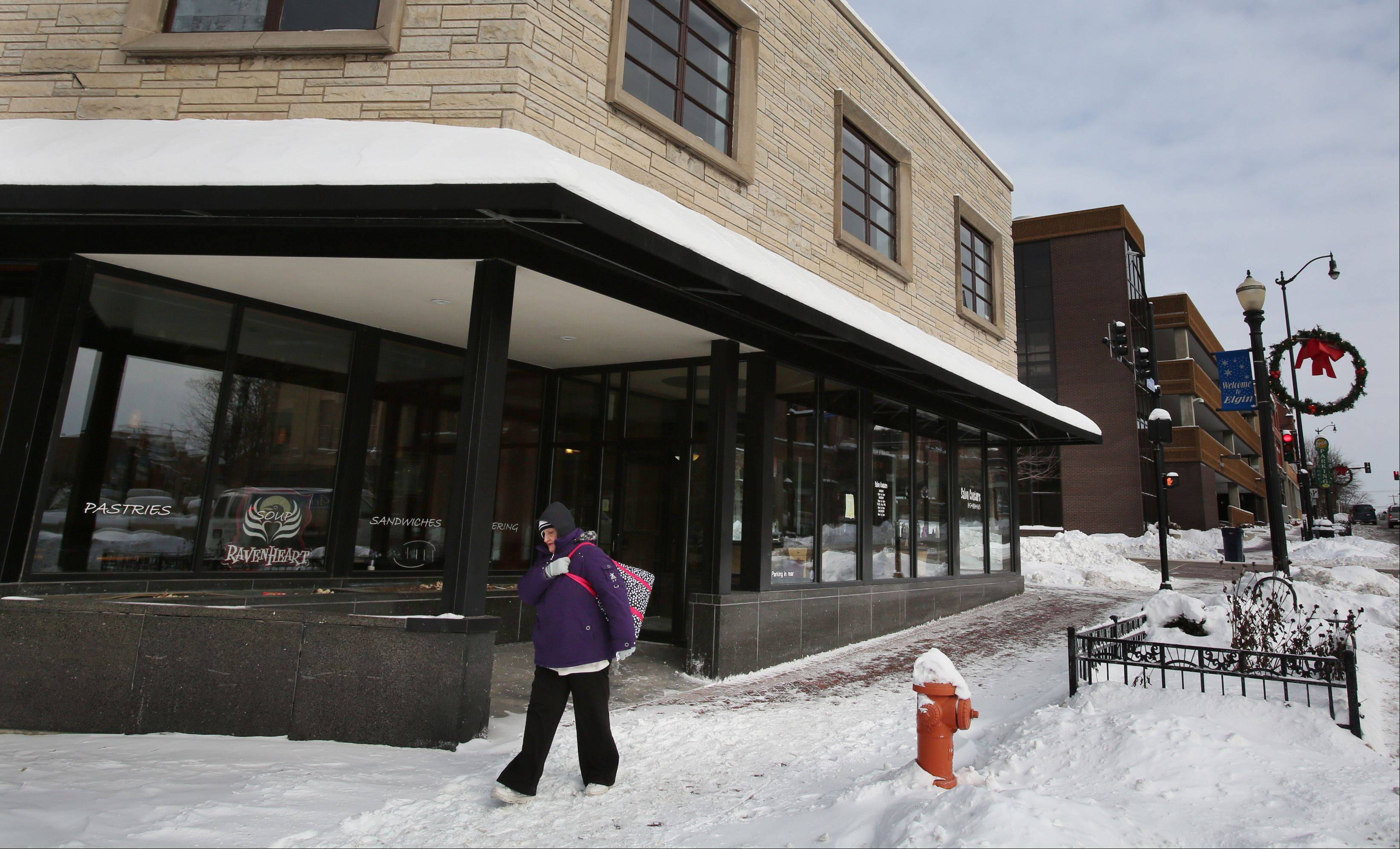 Blue Box Cafe is slated to open the week of Feb. 17 at 176 E. Chicago St. in Elgin, in the space formerly occupied by Ravenheart Coffee, said owner Chris Mau of Elgin.