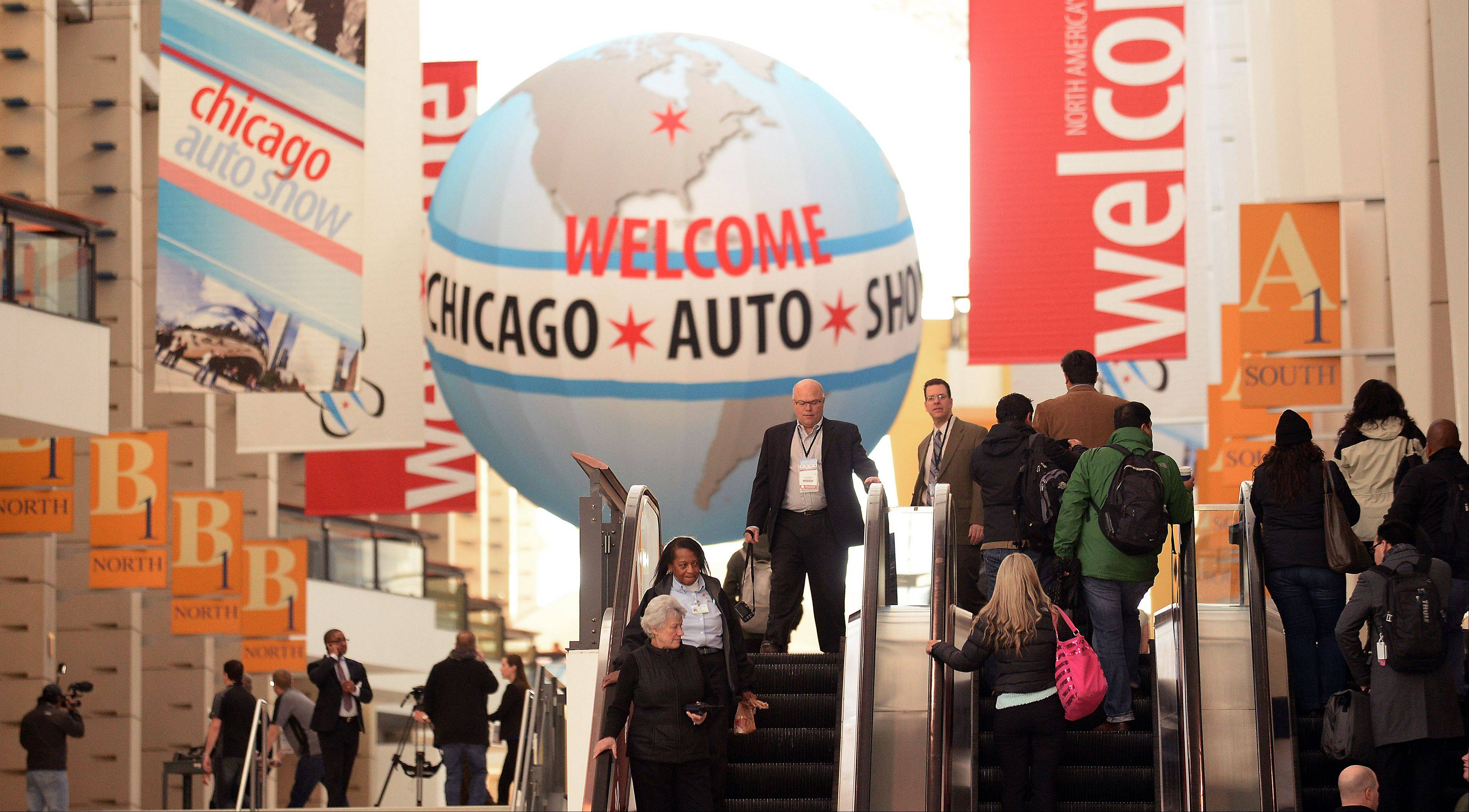 Heavy traffic flows at the 2014 Chicago Auto Show.