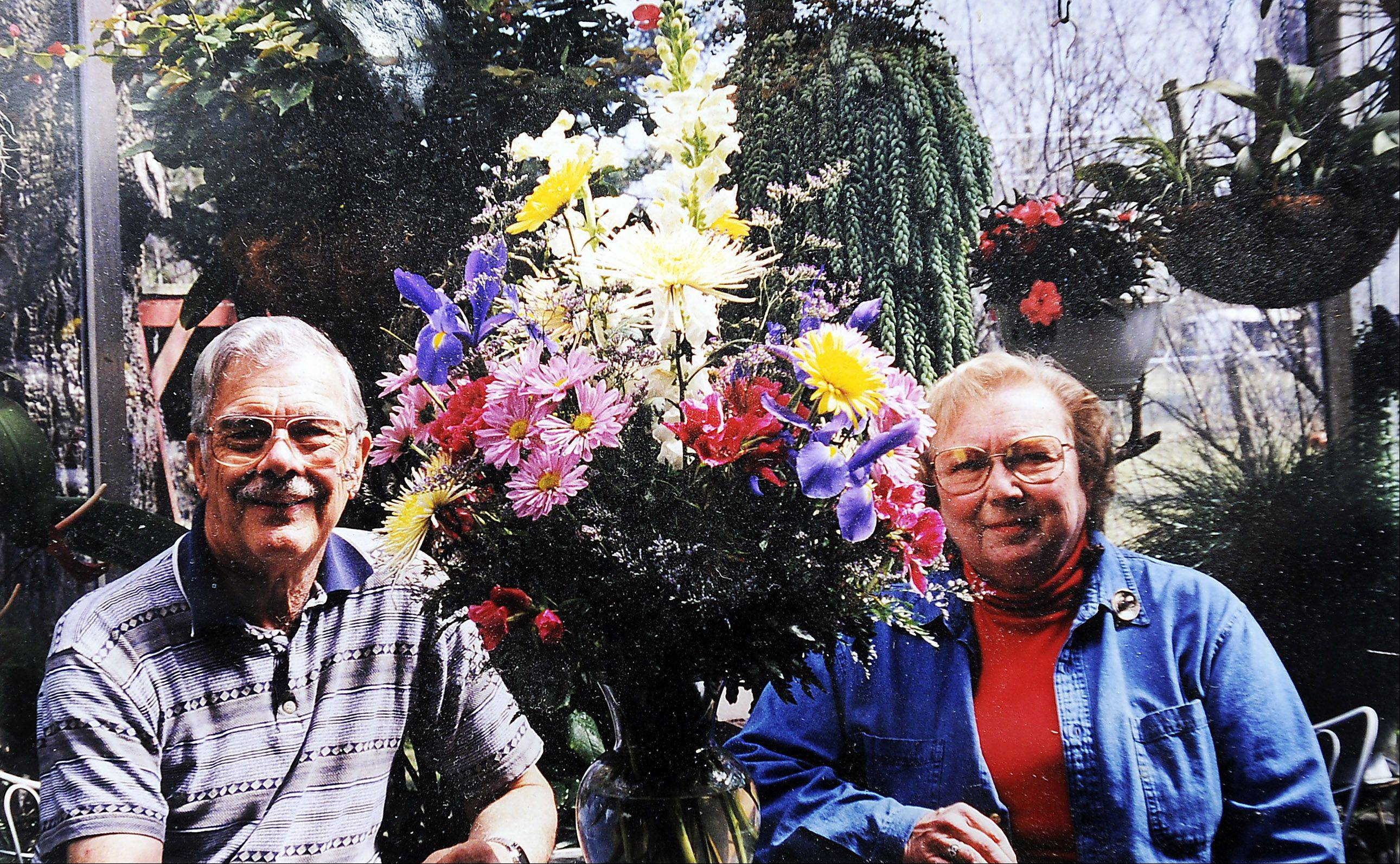 Having spent so many happy moments with her husband, Bill, in their 75-degree greenhouse, 85-year-old widow Penny Bailey will take those memories with her as she moves into senior housing. But she has to decide which of the hundreds of plants will come with her.