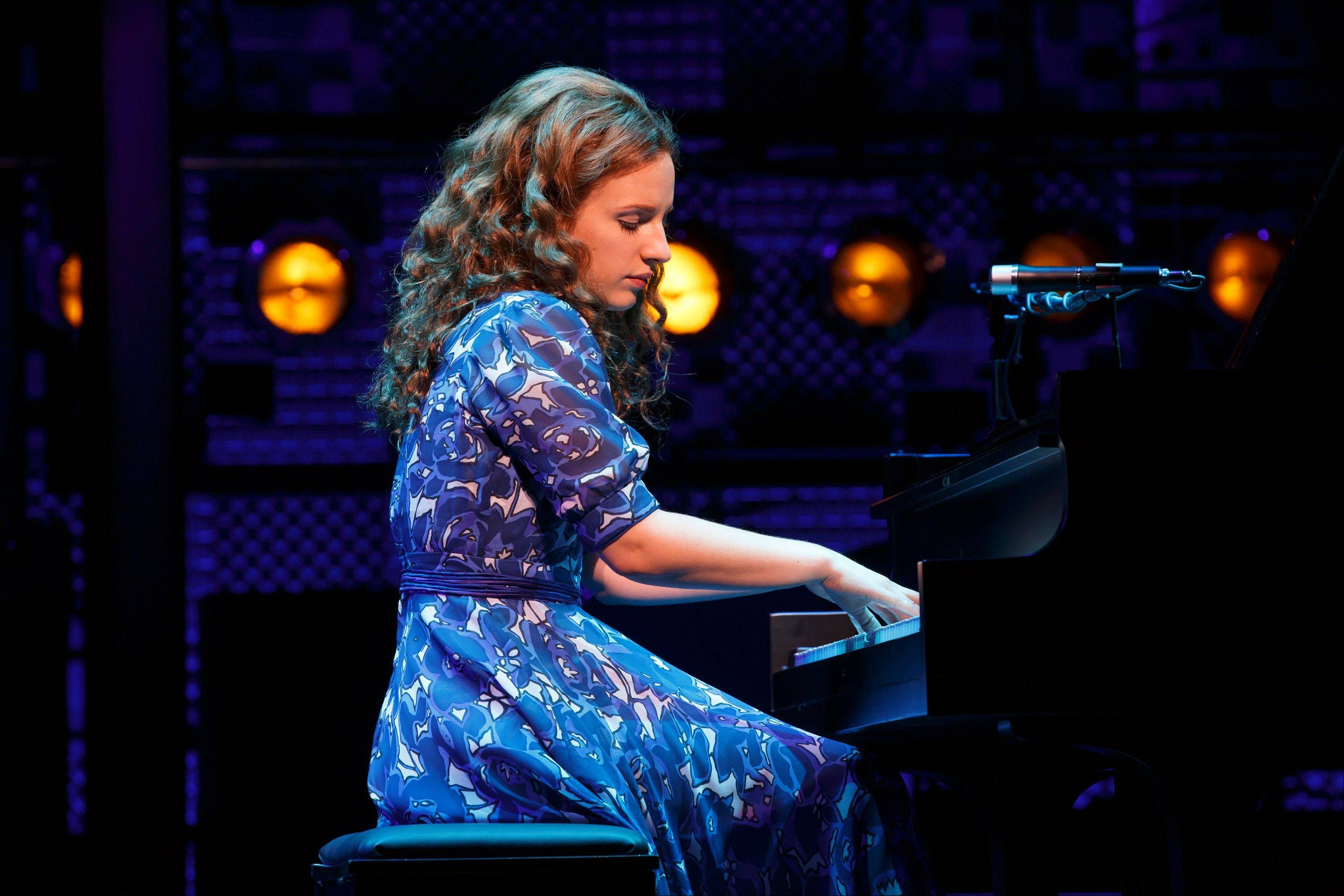 "Jessie Mueller, a veteran of suburban stages, now stars as Carole King in ""Beautiful -- The Carole King Musical"" on Broadway at the Stephen Sondheim Theater."