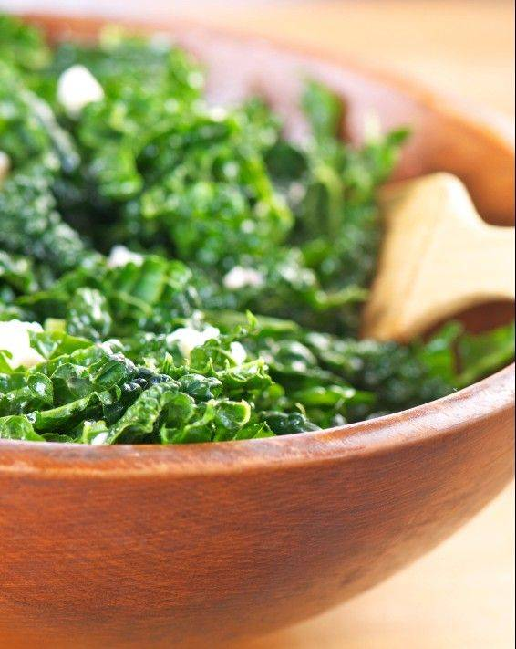 Kale has plenty of anti-inflammatory and anti-cancer phytonutrients while only yielding around 35 calories per cup.