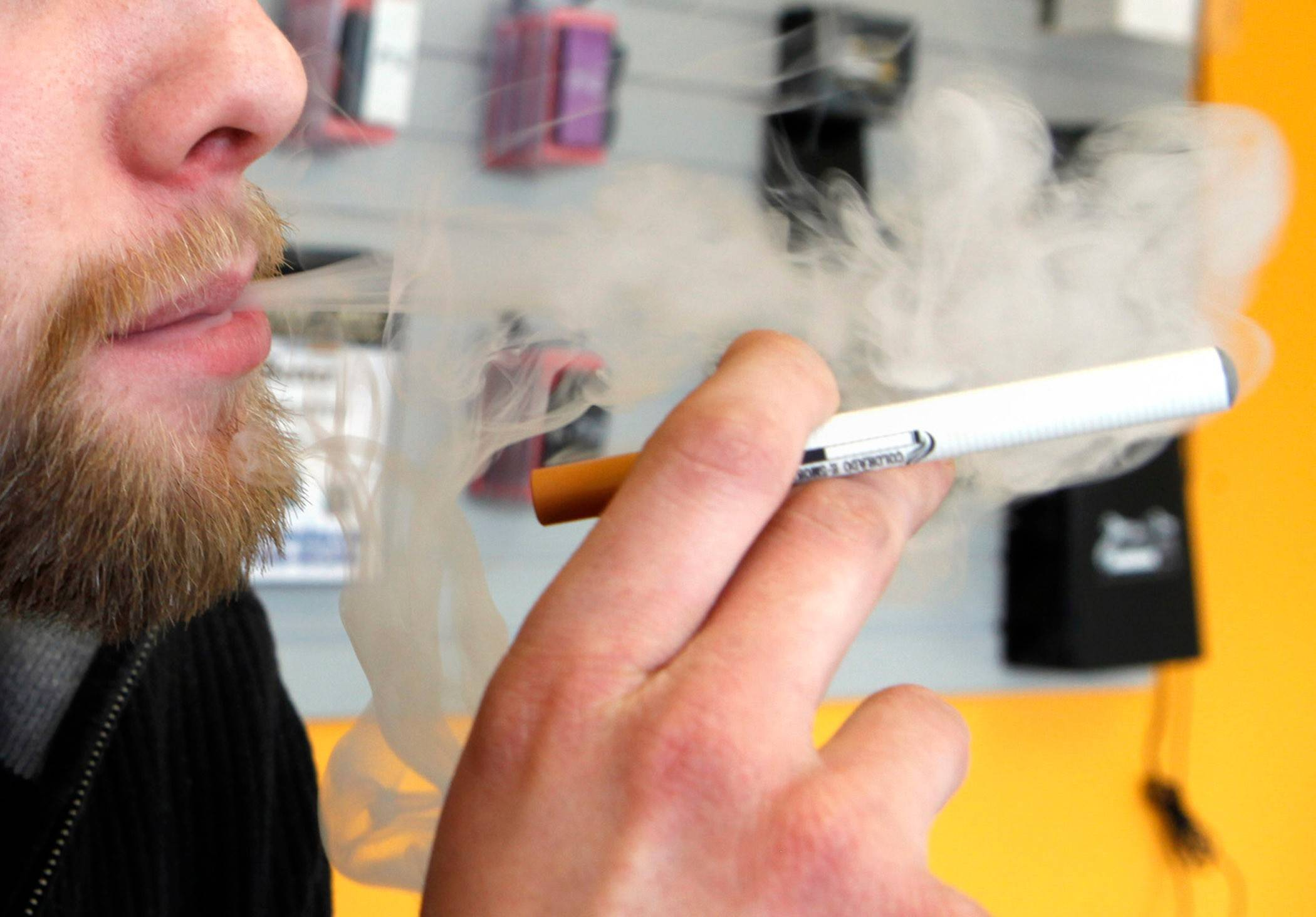 Mount Prospect bans e-cigarettes for minors
