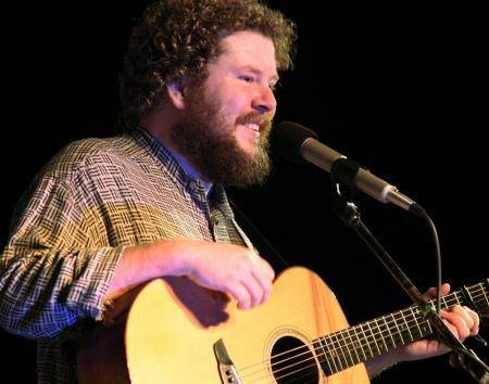 Joe Jencks performs in a Lake County Folk Club-sponsored concert in Gurnee.