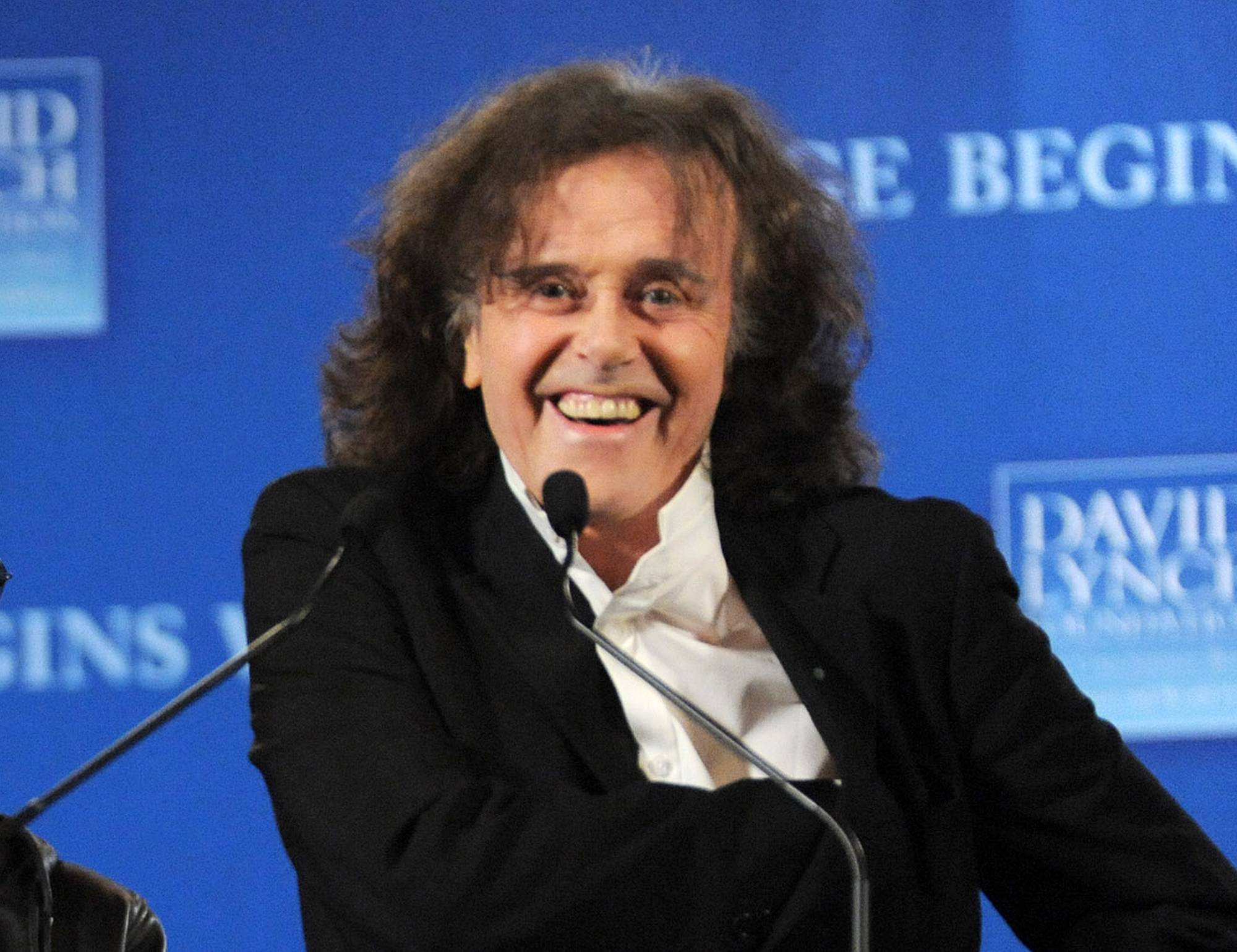Donovan joins Ray Davies as part of the 2014 Songwriters Hall of Fame class.