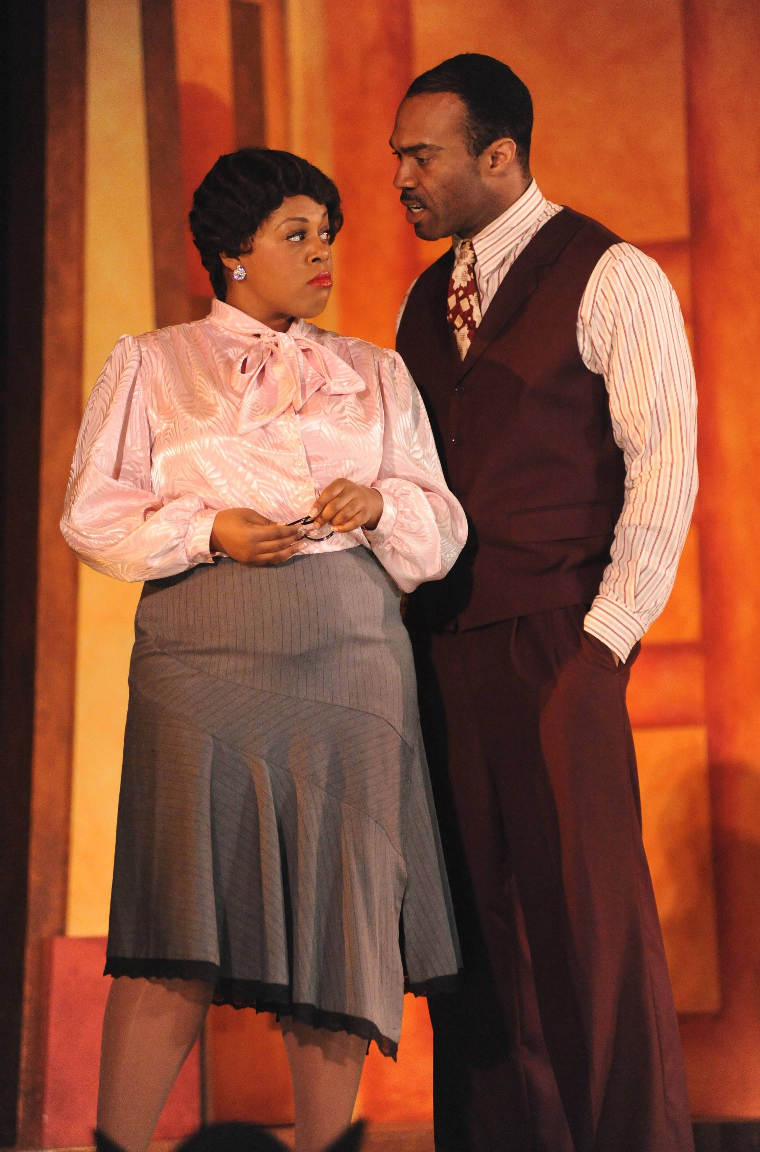 "Karen Marie Richardson and Keithon Gipson co-star in the Chicago debut of Duke Ellington's jazz-opera hybrid ""Queenie Pie,"" courtesy of Chicago Opera Theater at Millennium Park's Harris Theater for Music and Dance."
