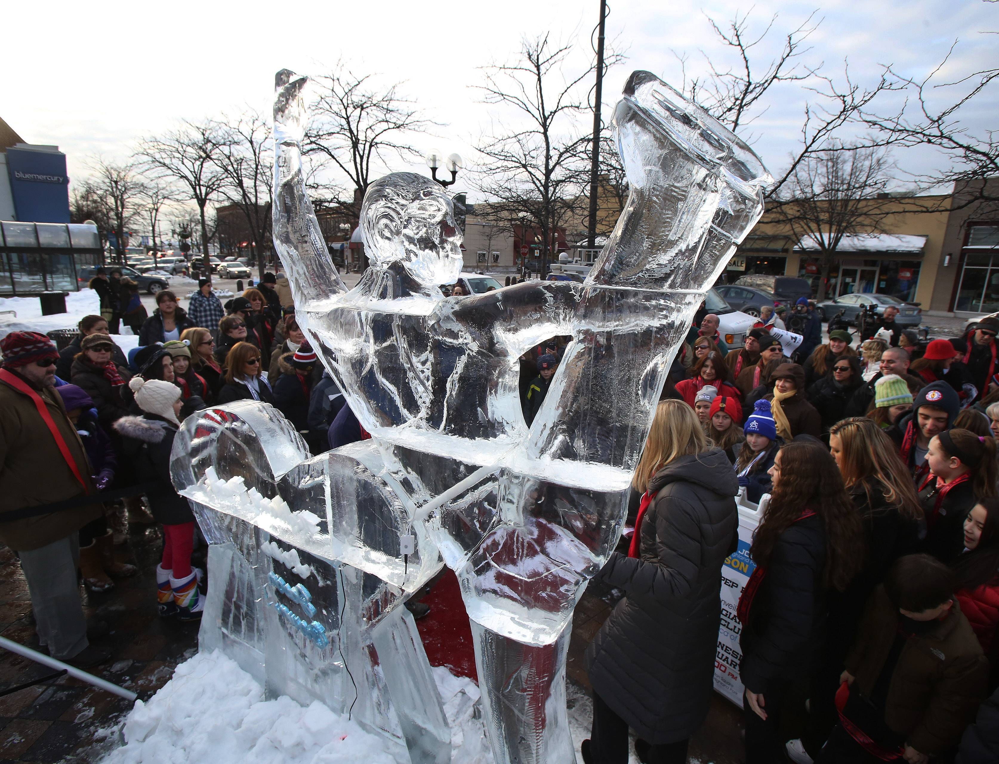 Olympic figure skater Jason Brown honored with 10-foot ice sculpture