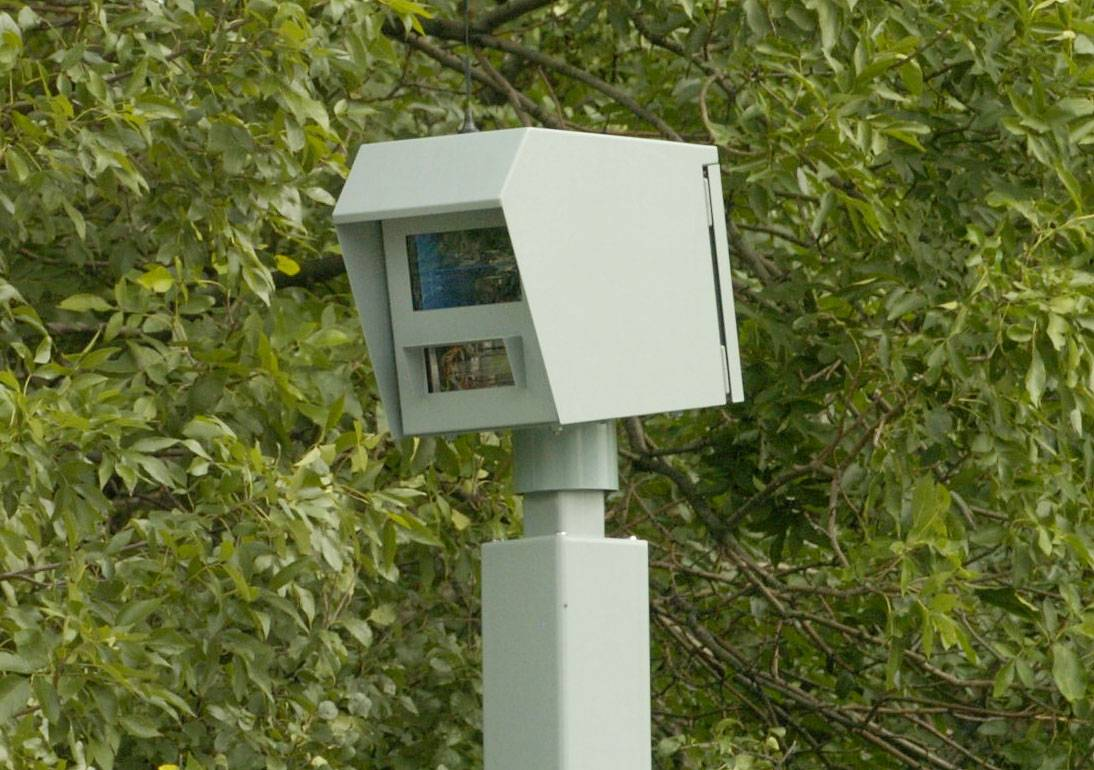 This is one of four red-light cameras in Rosemont. It was installed in 2007 at the intersection of River Road and Balmoral Avenue.