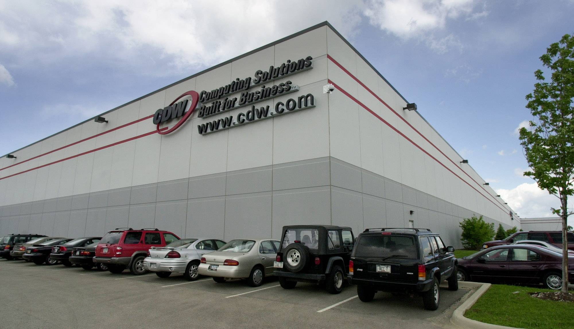 CDW in Vernon Hills reported fourth quarter 2013 sales were up 4.3 percent.