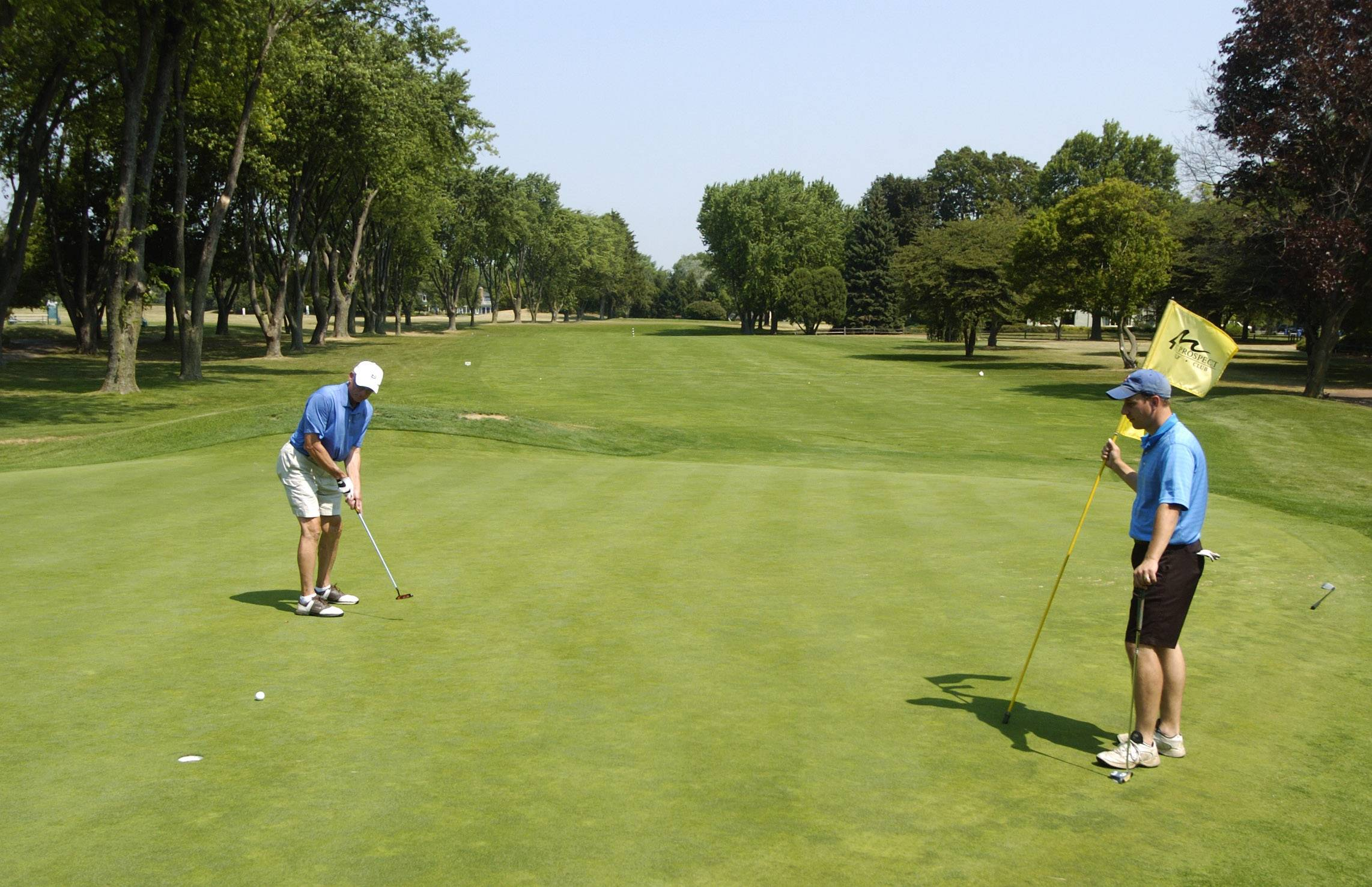 The Mount Prospect Park District has received bids for a new maintenance building at the Mount Prospect Golf Course.