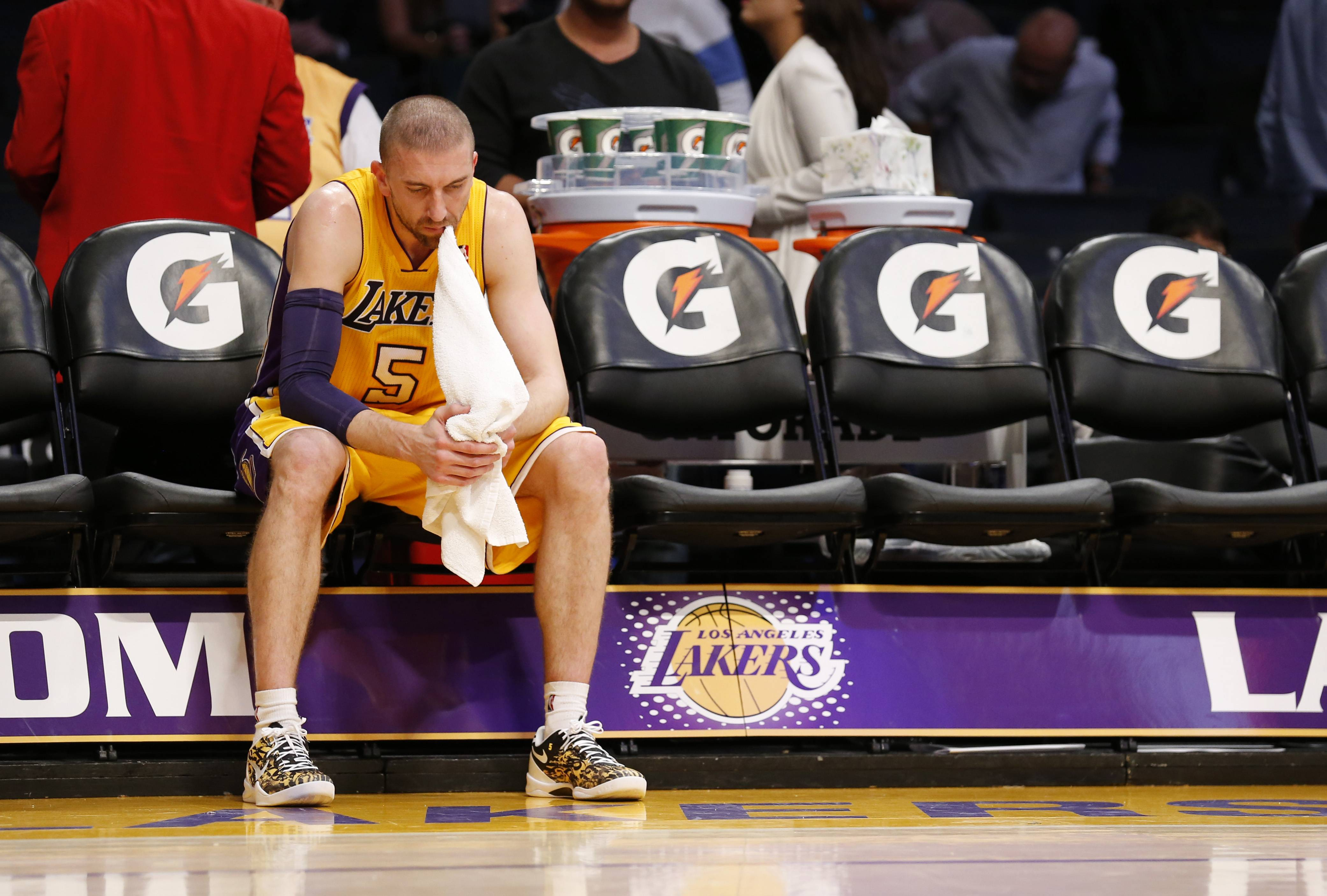 Los Angeles Lakers' player Steve Blake shows the pain of another loss as the Lakers continue to struggle.