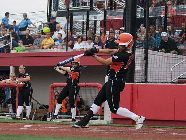 Outfielder Megan Wiggins will be returning for her fourth season with the Chicago Bandits. Voted MVP by the Bandits fans, Wiggins led the National Pro Fastpitch league in home runs for the second consecutive season and was voted Mizuno Player of the Year.