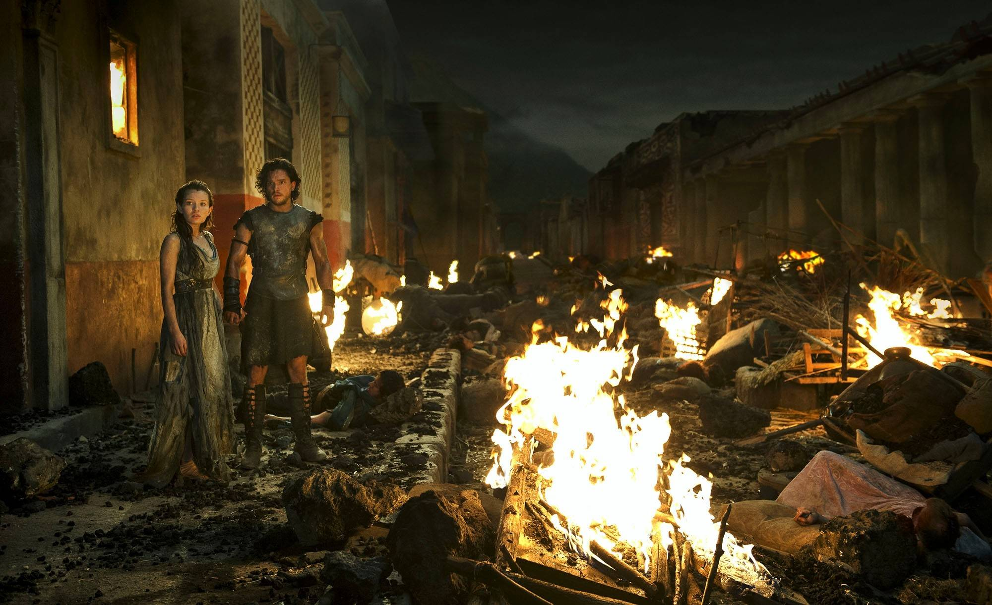 "Warrior Milo (Kit Harington) falls for Cassia (Emily Browning) in the special effects-driven ""Pompeii."""