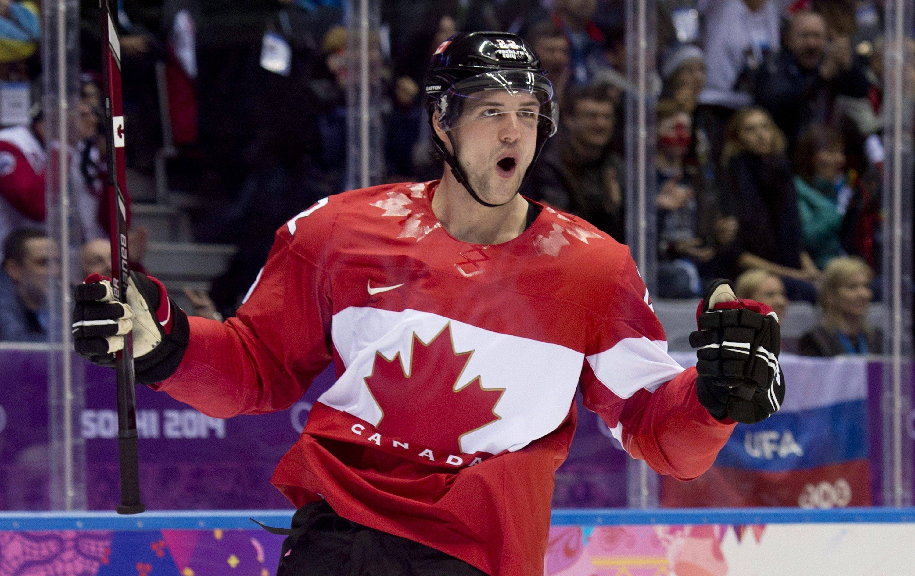 Jamie Benn of Canada celebrates his goal against the United States.
