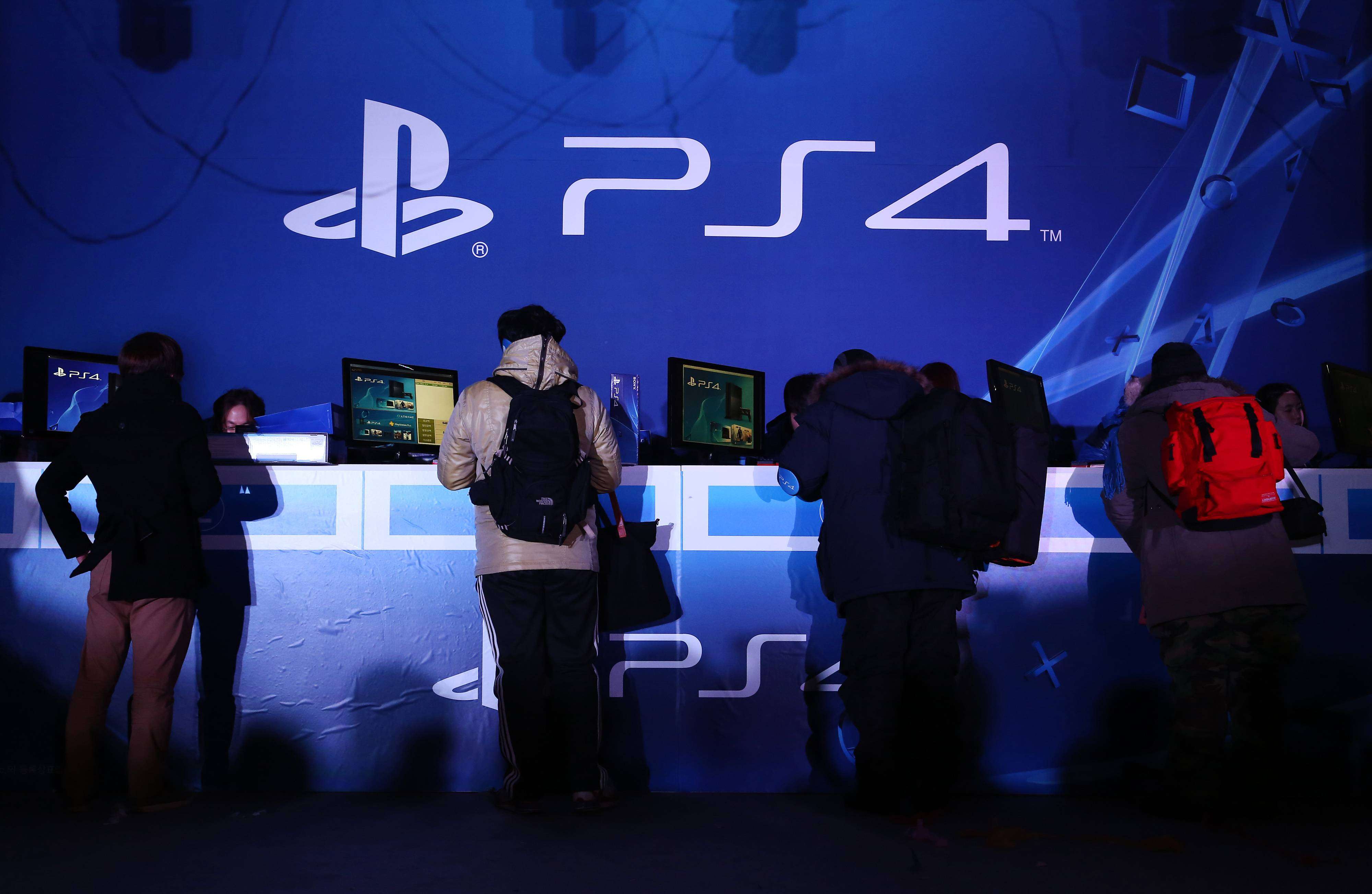 Sony Corp. has sold more than 5.3 million PlayStation 4 game consoles globally, beating its forecast, as it prepares to release the machine in Japan.