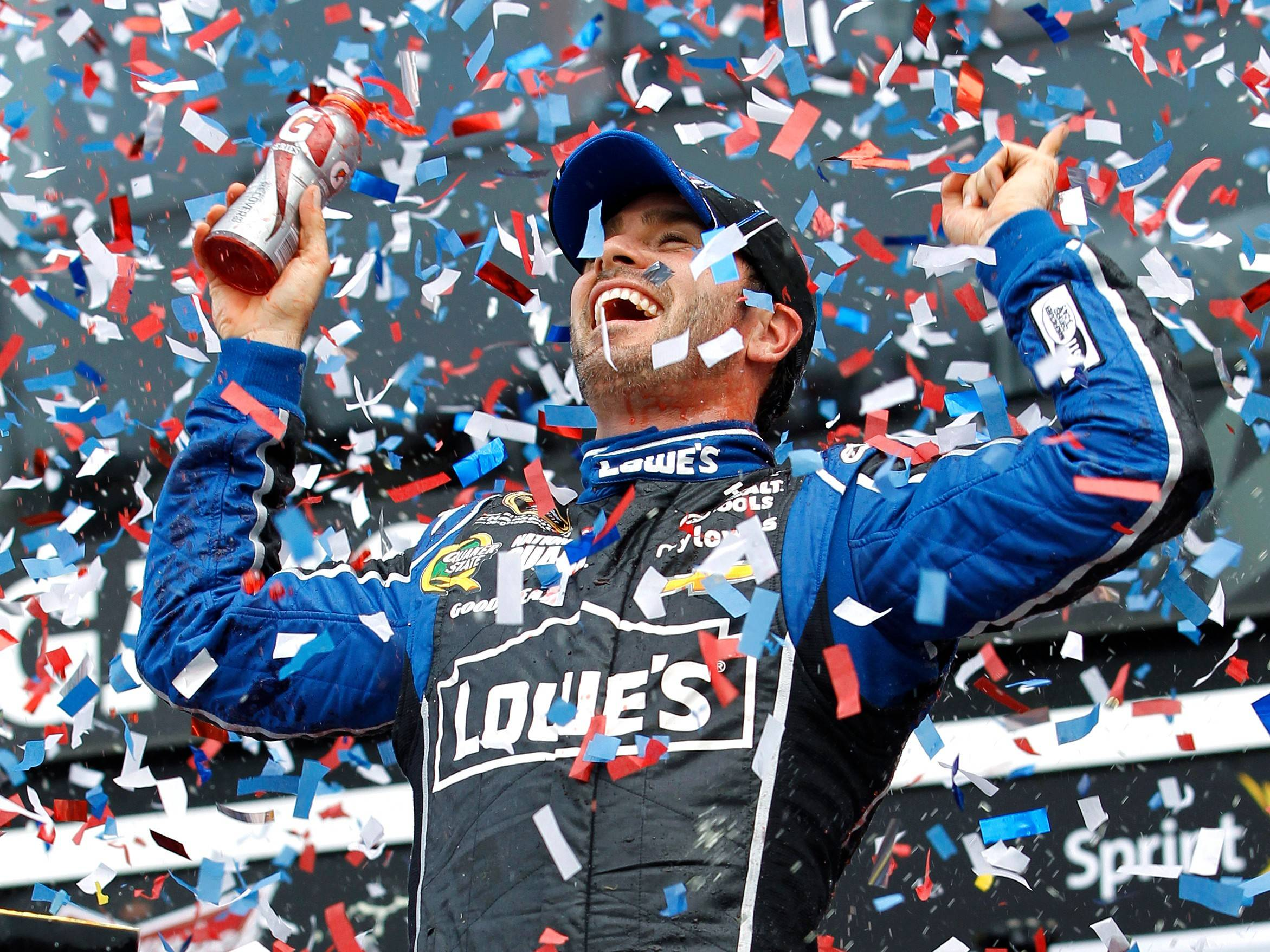 Jimmie Johnson hopes to repeat his 2013 Daytona win Sunday — and go on to tie the record of seven Sprint Cup championships in a year.
