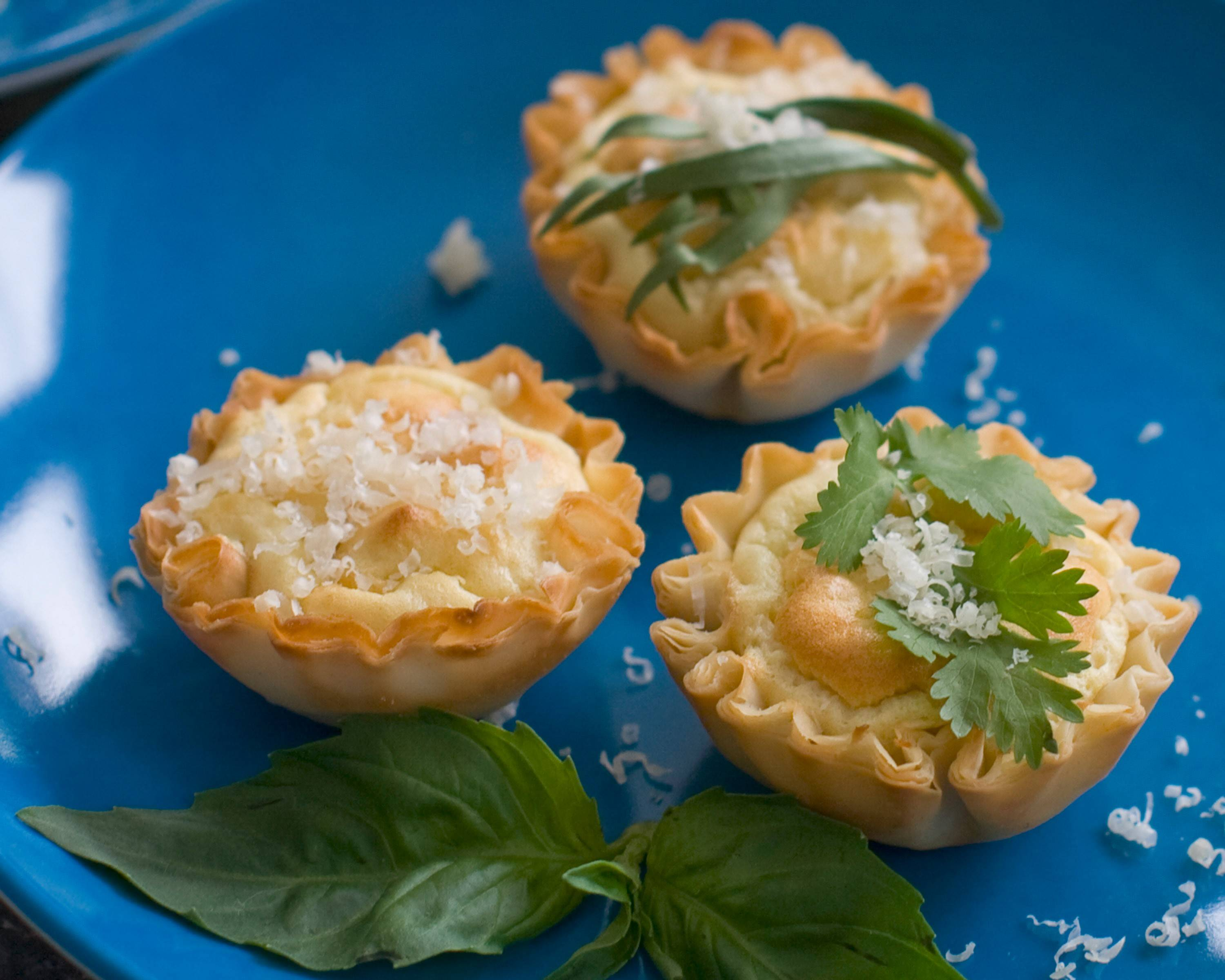 Anti-gravity goat cheese phyllo bites are fairly low in calories -- no more than 15 calories per shell.