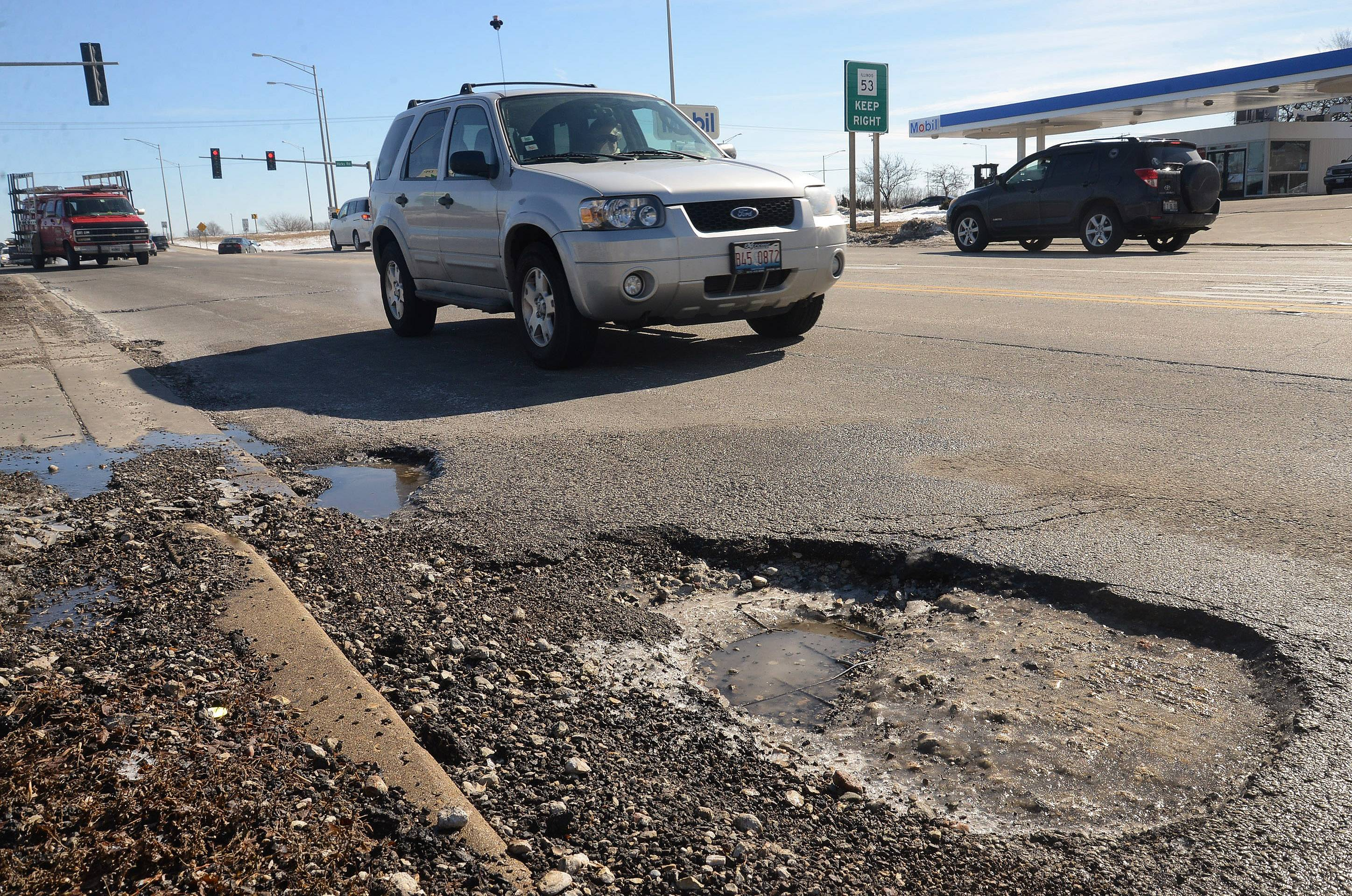 Bob Chwedyk/bchwedyk@dailyherald.comPothole near intersection of Euclid Avenue and Hicks Road in Rolling Meadows.