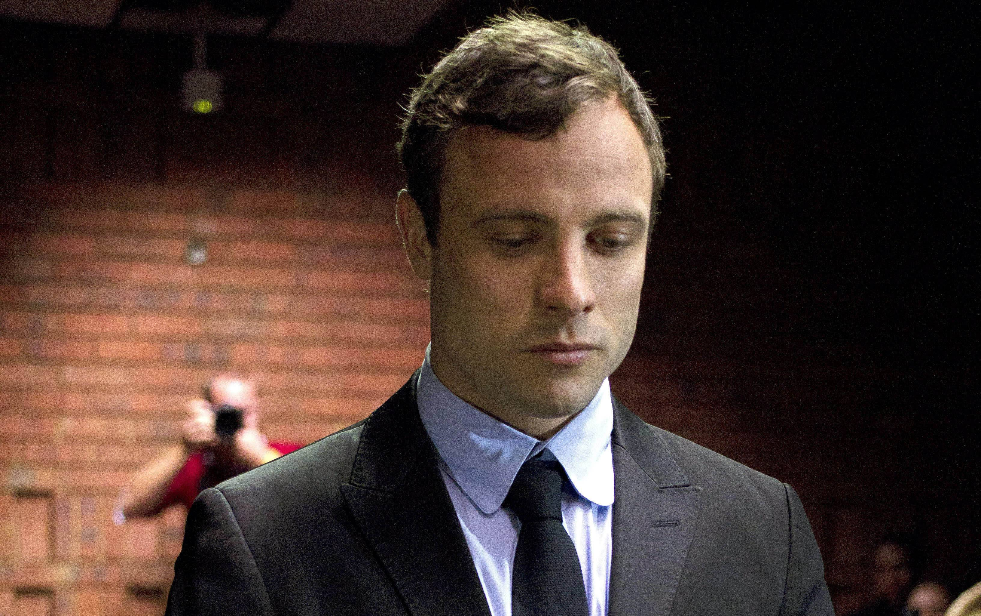 Oscar Pistorius seen shooting in gun range video