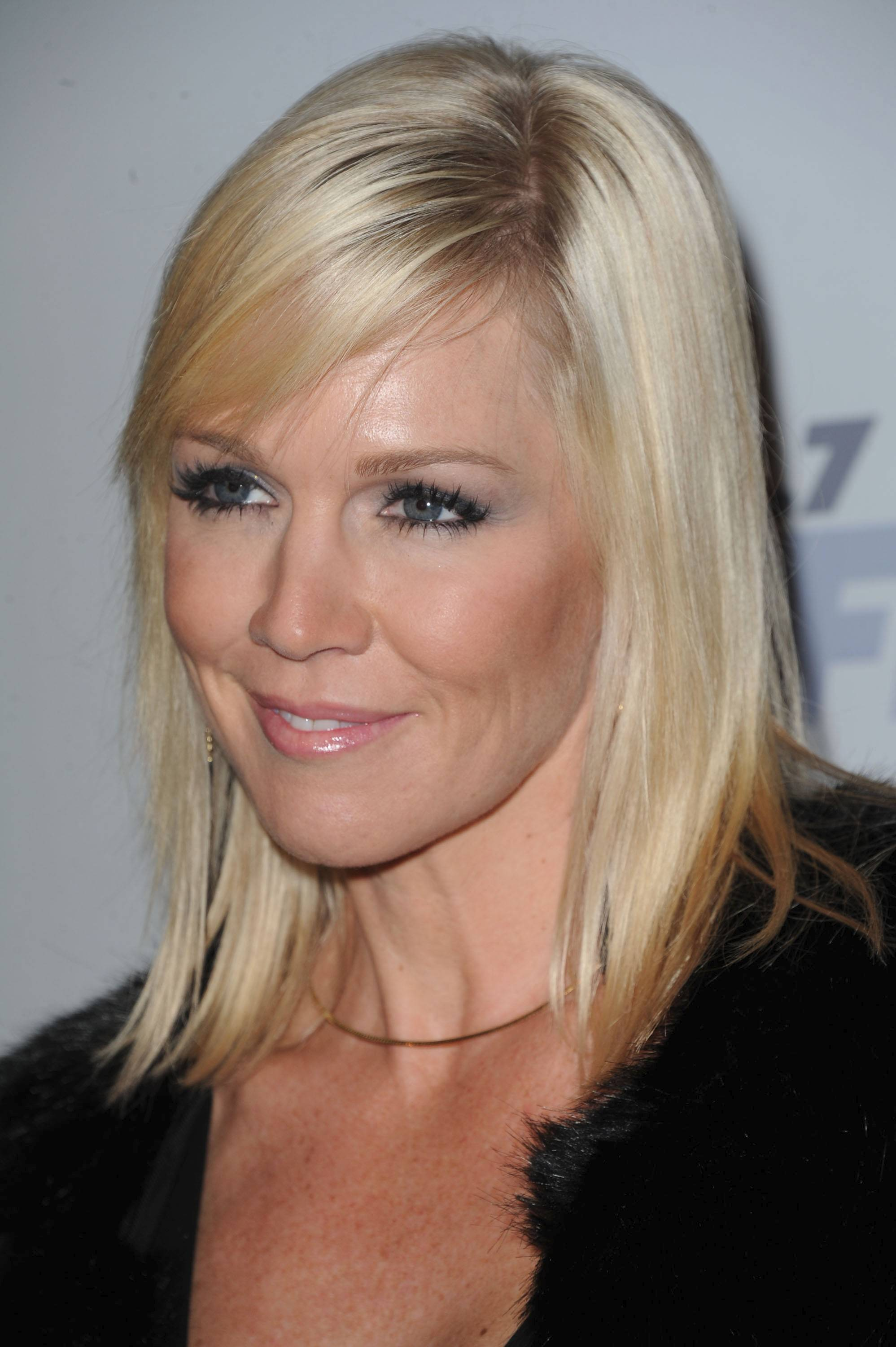 Jennie Garth arrives at KIIS FM's Jingle Ball at Nokia Theatre LA Live on Saturday, Dec. 1, 2012, in Los Angeles. (Photo by Katy Winn/Invision/AP)