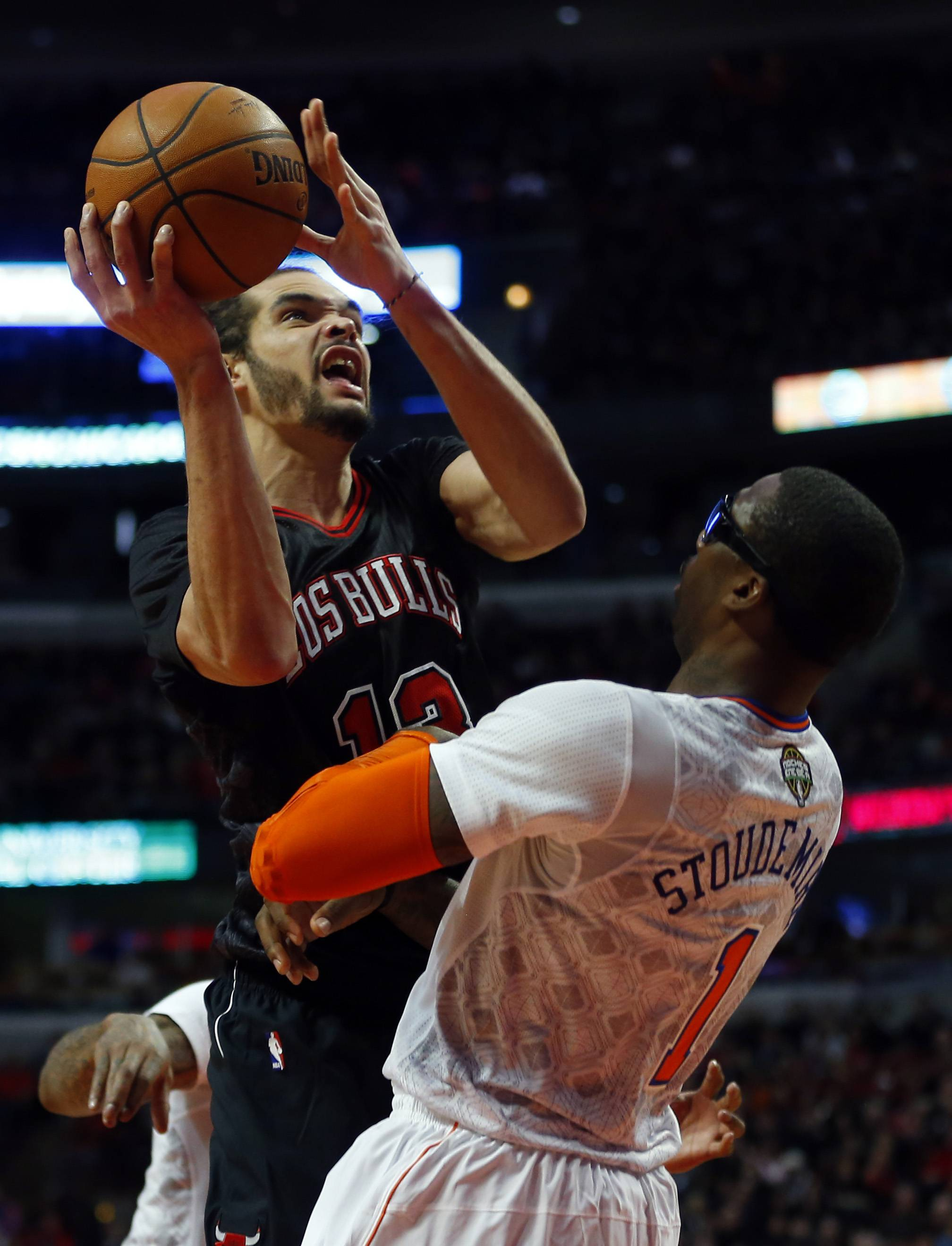 The Bulls' Joakim Noah recorded his fifth career triple-double, setting a franchise record for assists by a center with 14 and adding 13 points and 12 rebounds. The Bulls pounded the Knicks 109-90 at the United Center on Sunday.