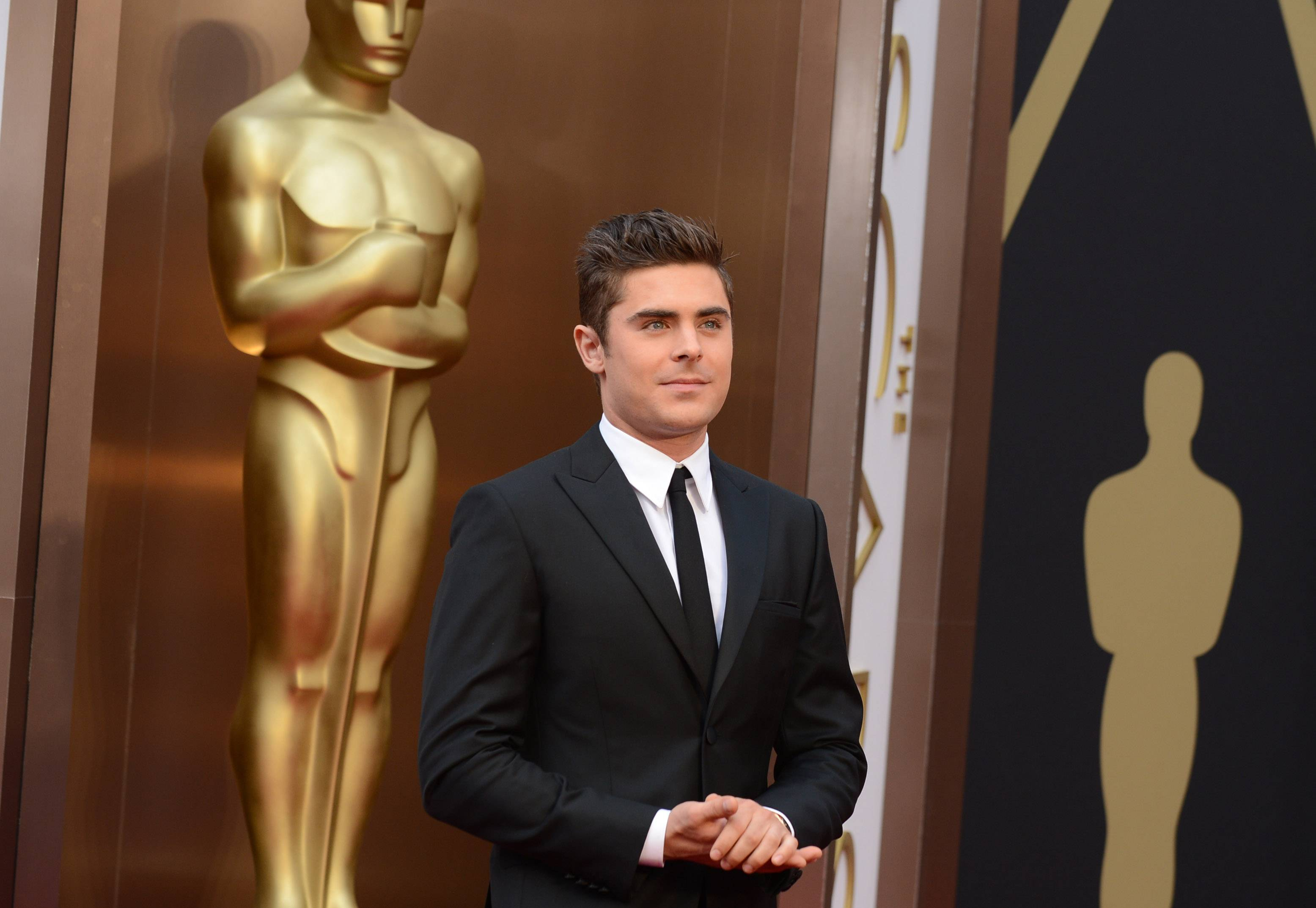 Zac Efron arrives at the Oscars on Sunday.