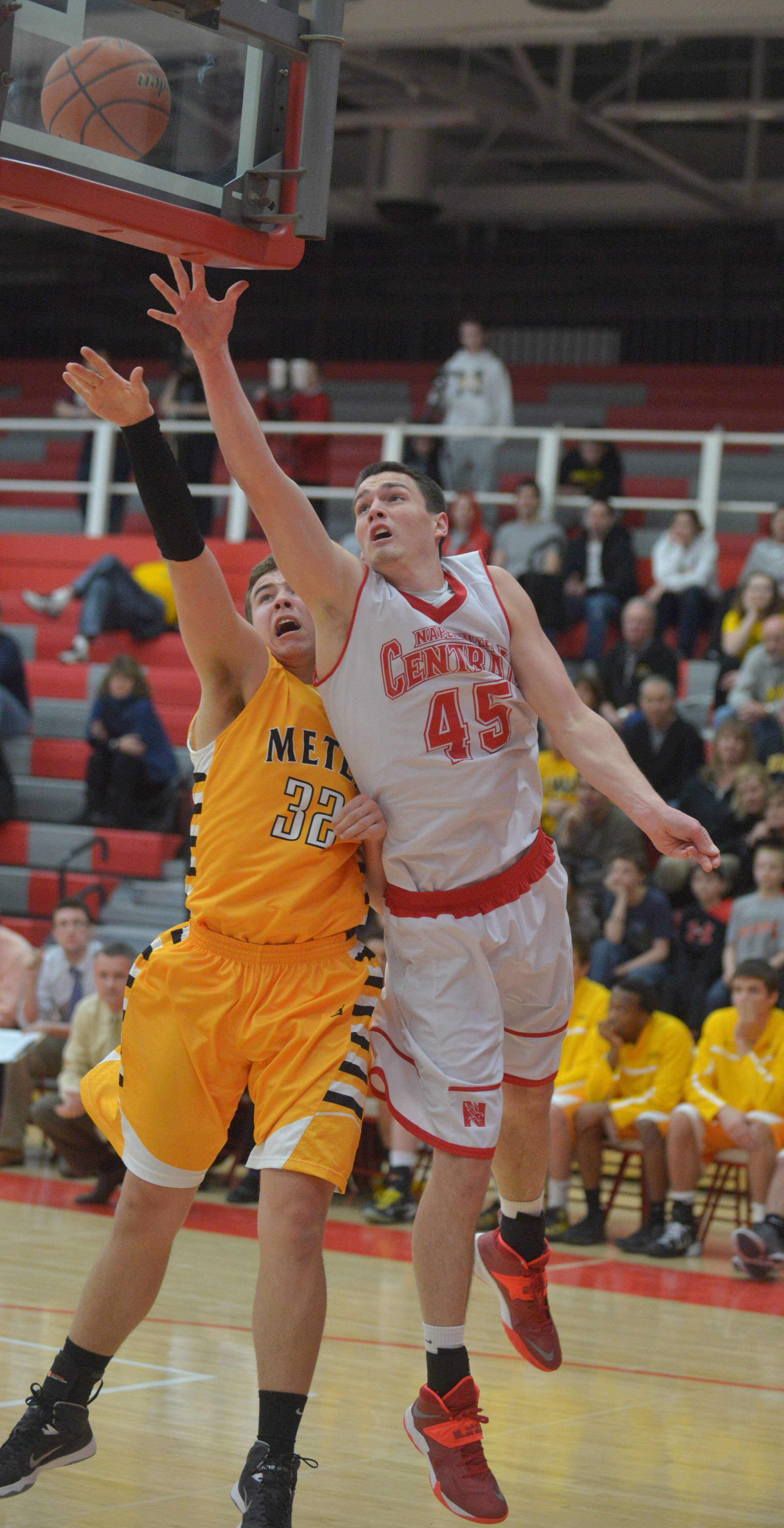 Naperville Central goes big to get big win