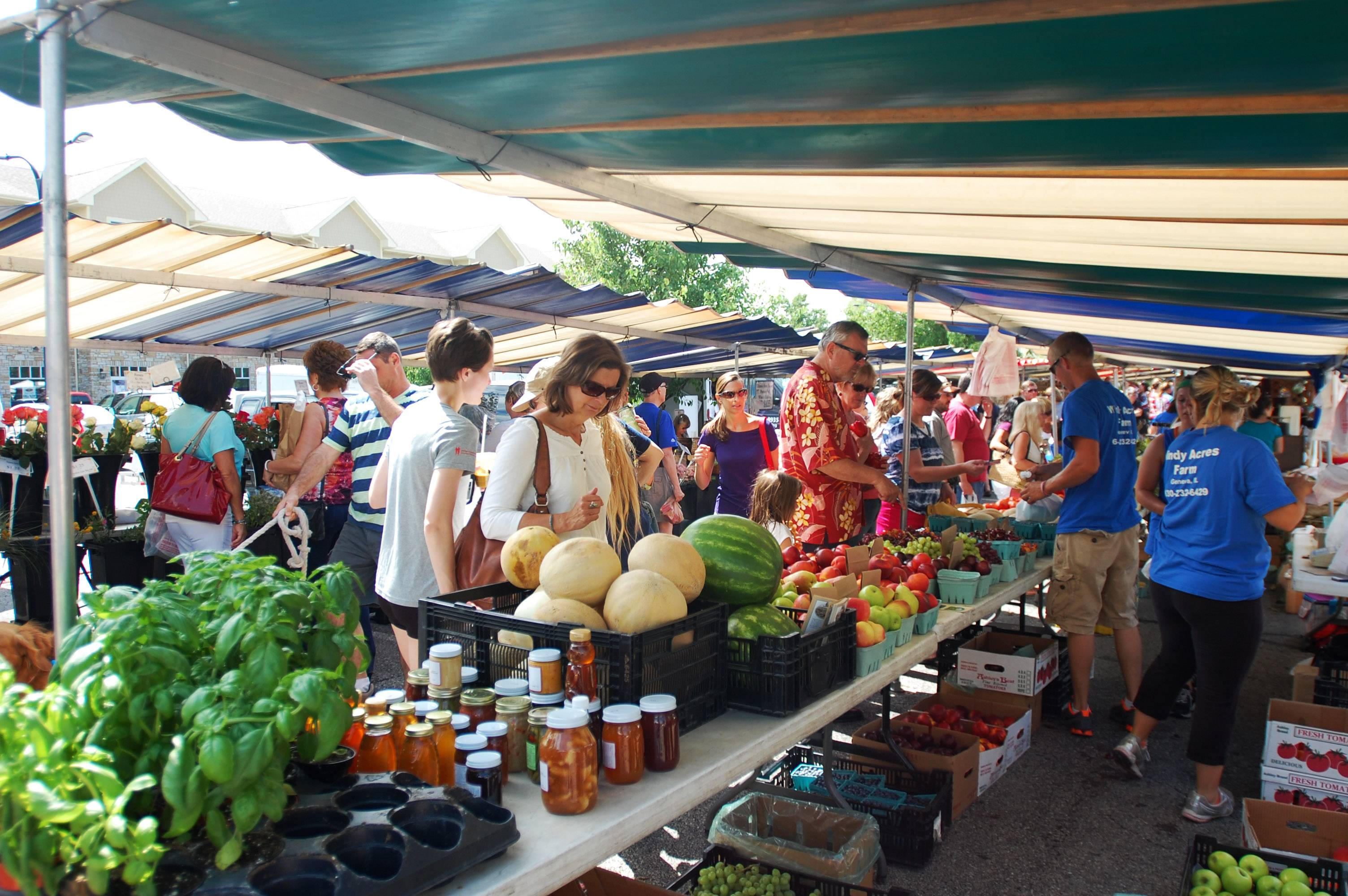Prospect Heights leaders are in talks to bring a weekly French Market, like the one here in Geneva, to the city later this year. Officials said the market is a more eclectic version of a traditional farmers market, featuring not just produce but items ranging from pottery to French linens.