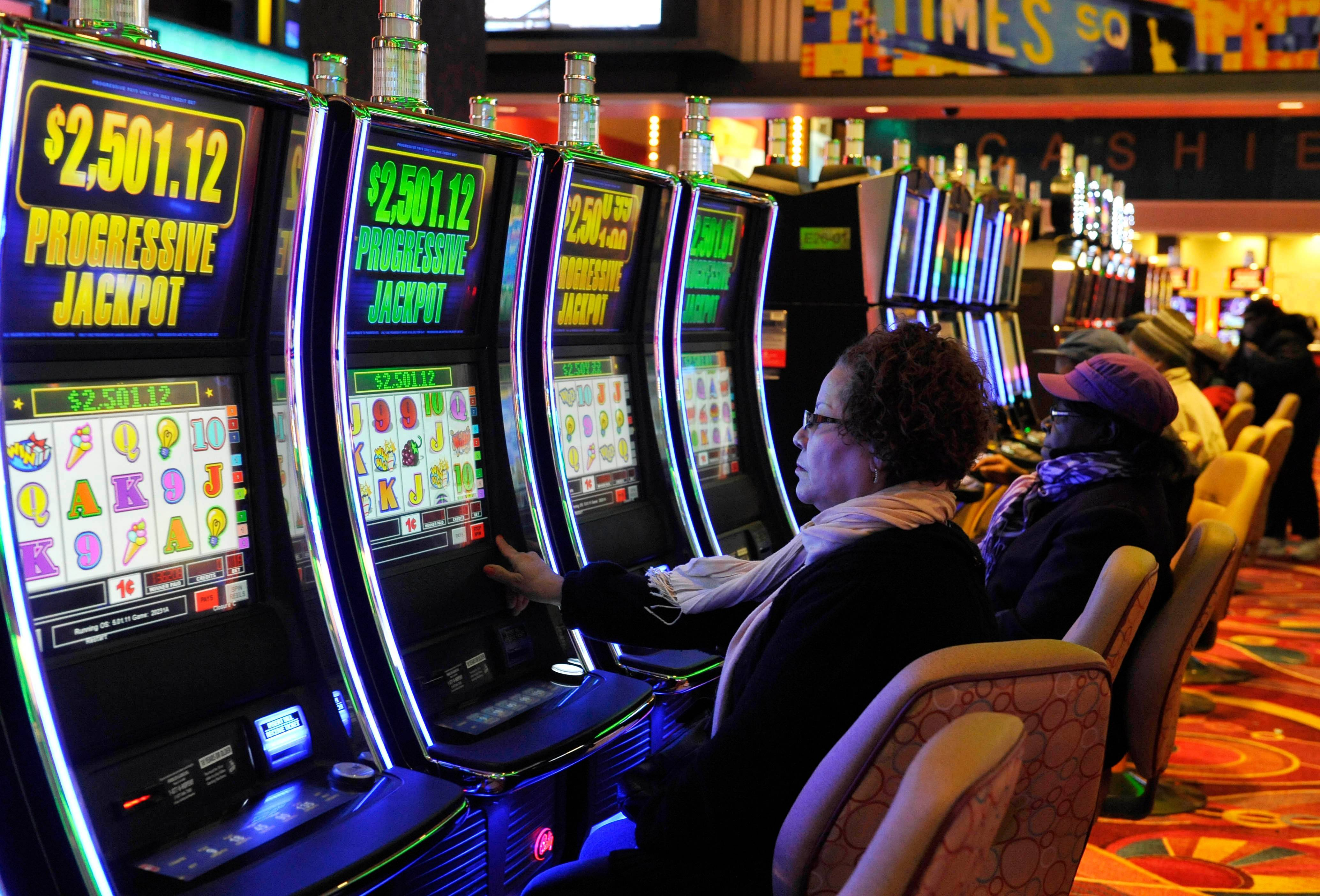 Status of gambling expansion slots at racetracks in illinois casino hotel joliet il