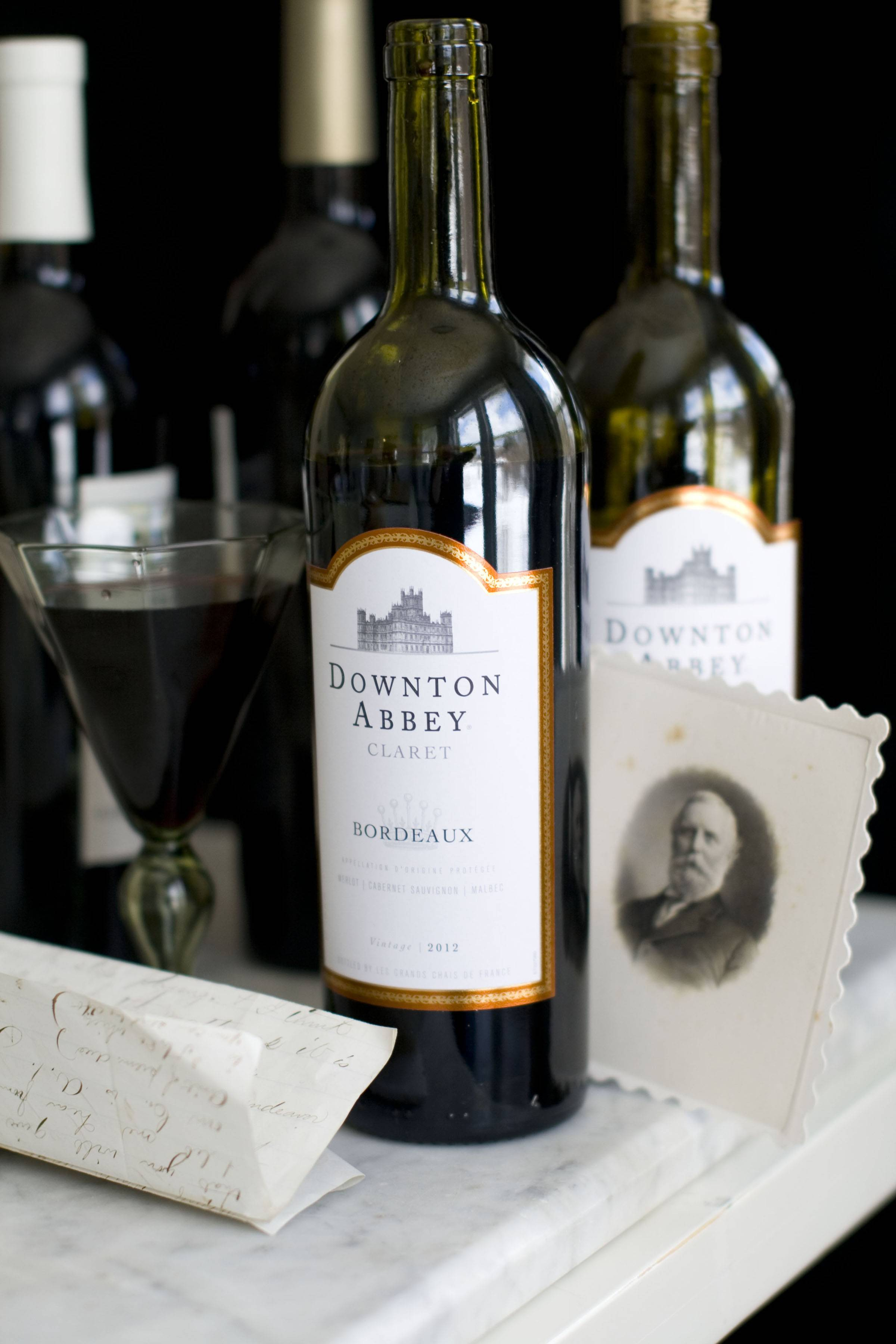 Yes, there is a Downton Abbey wine.